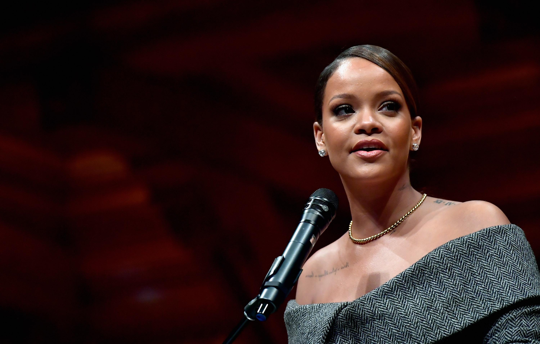 Rihanna receives the 2017 Harvard University Humanitarian of the Year Award at Harvard University's Sanders Theatre on February 28, 2017 in Cambridge, Massachusetts.