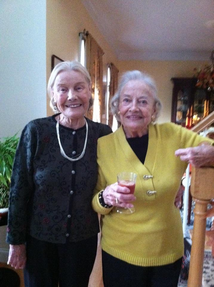 Martha Williams (L) and her twin sister Jean Haley