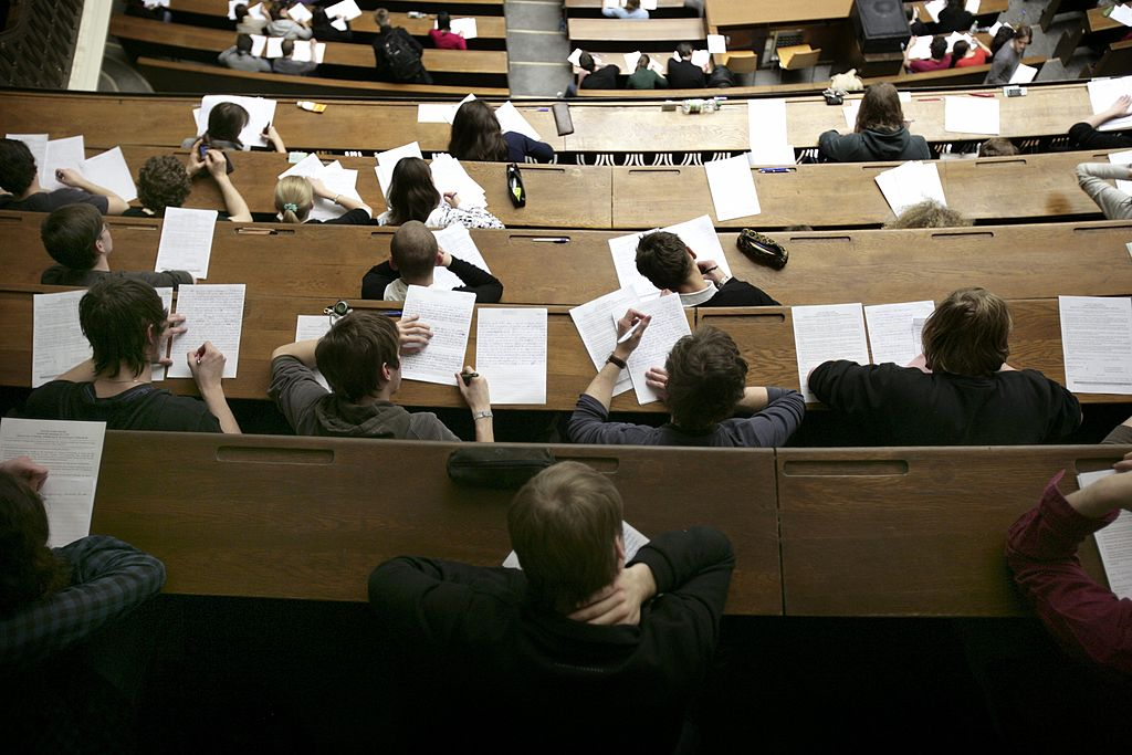GERMANY - FEBRUARY 08: GERMANY, MUNICH, Ludwig Maximilian University of Munich - Ludwig-Maximilians-Universitaet Muenchen, Our picture shows a fully occupied lecture large hall during a written examination in the Ludwig Maximilian University of Munich. (Photo by Ulrich Baumgarten via Getty Images)