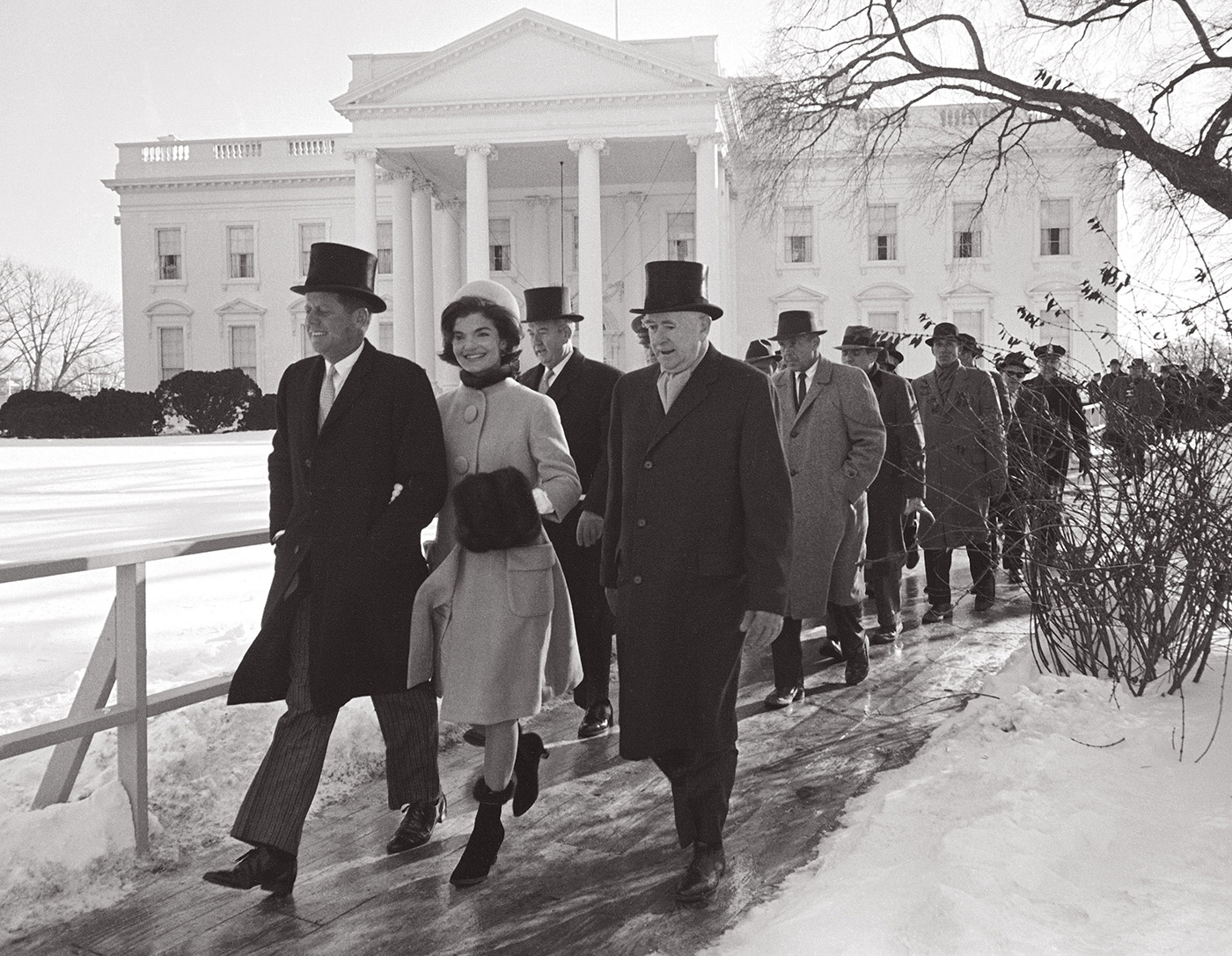 The First Couple head to the inauguration ceremony, Washington, DC, January 20, 1961. © Paul Schutzer (Courtesy The LIFE Picture Collection/Getty Images)