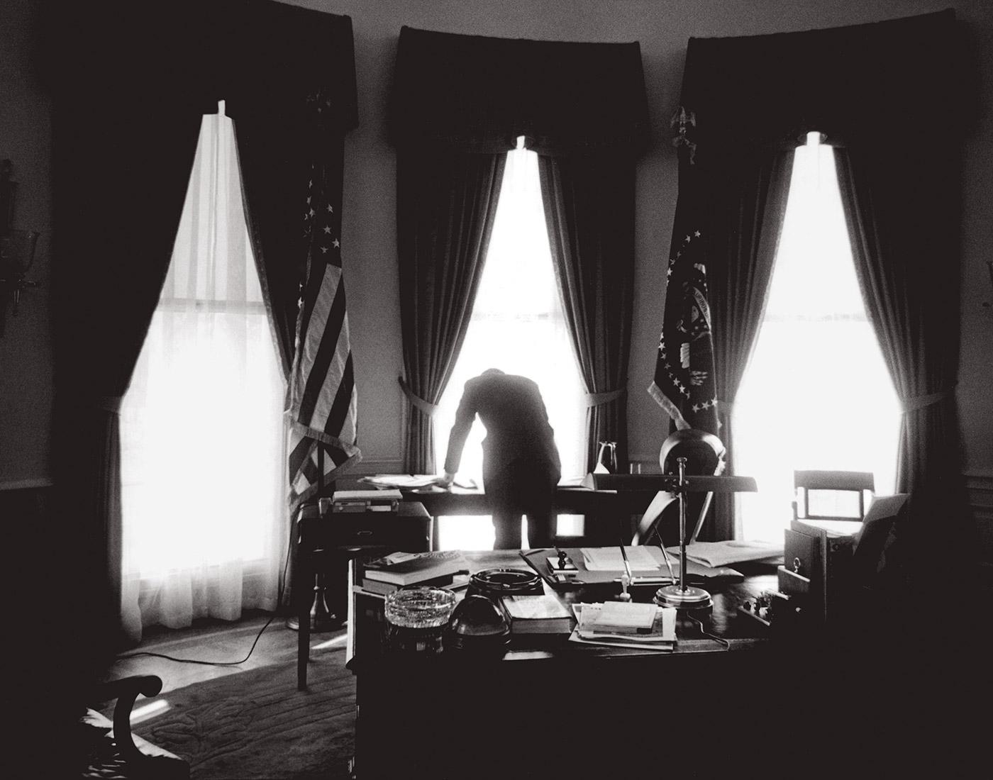 Oval Office, Washington, DC, January 1961. © Jacques Lowe (Courtesy The Jacques Lowe Estate)