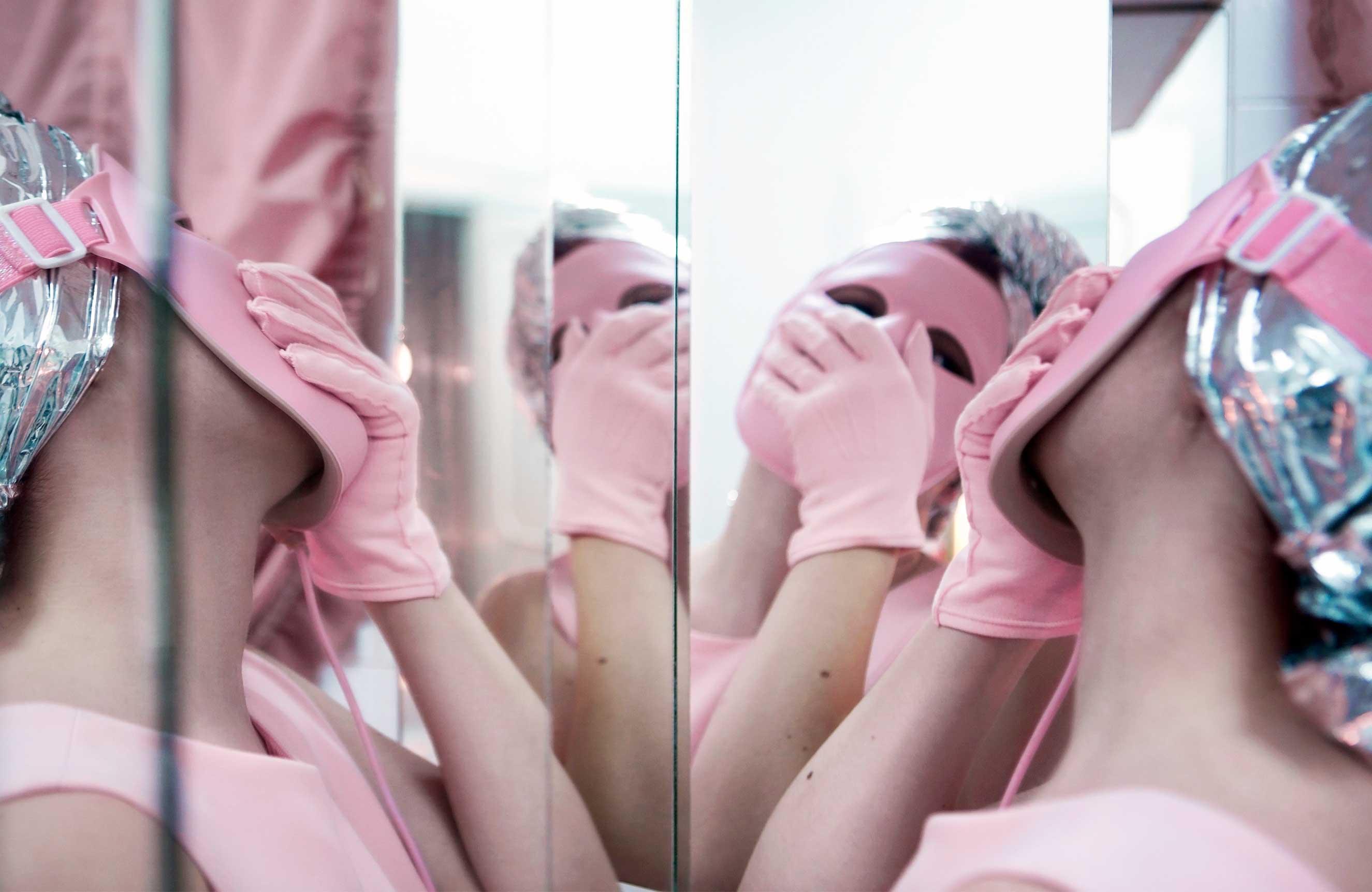 Massage Mask, 2015