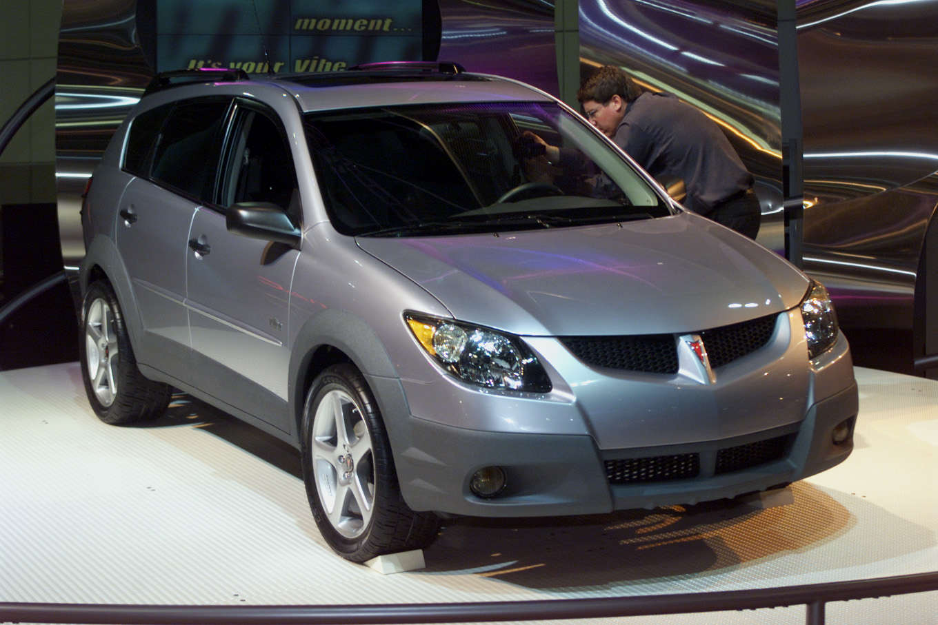 Pontiac, which has been savaged by critics for the design of its Aztek sport utility wagon, unveiled the softer, cleaner lines of the new Vibe sport wagon at the L.A. show in 2001.