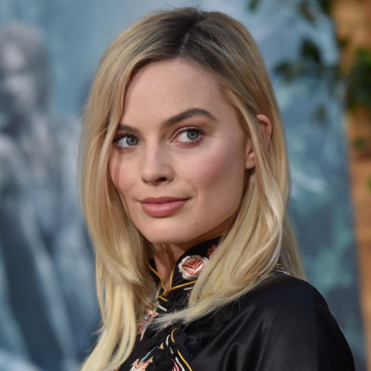 time-100-2017-margot-robbie