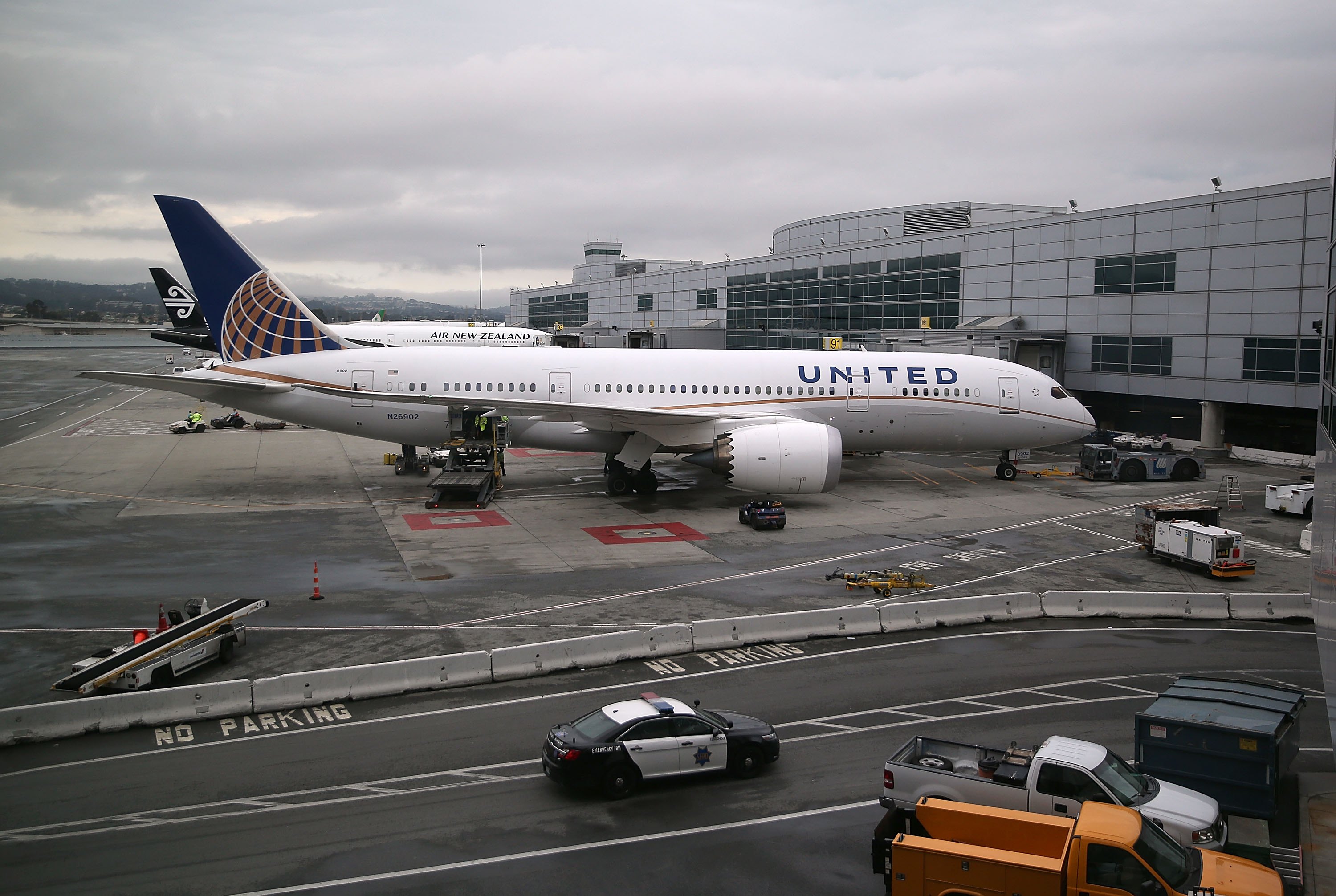 United Airlines What Is A Must Ride Passenger Time