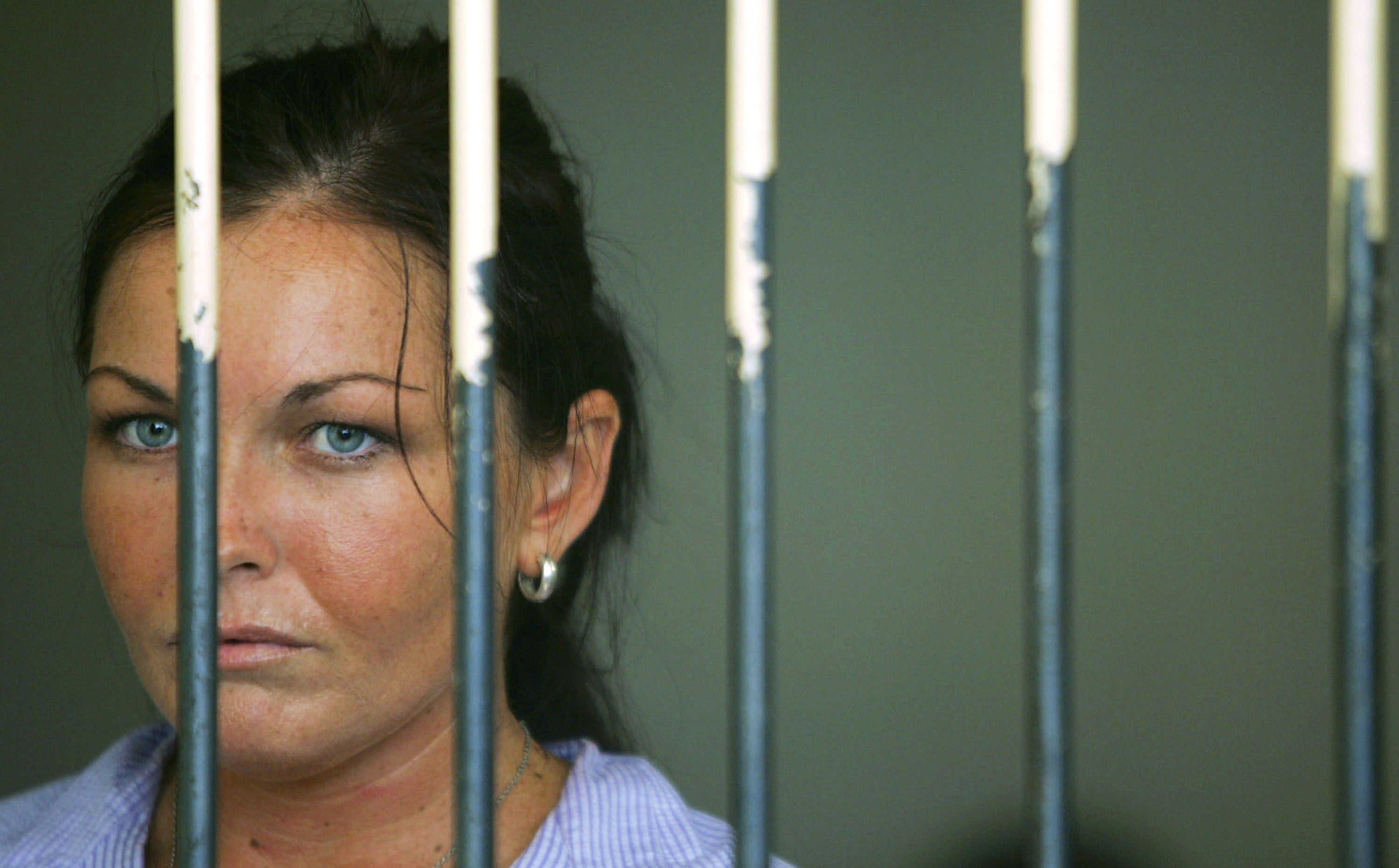 Schapelle Corby waits in her cell before her trial on April 28, 2005 at Denpasar Court, Bali, Indonesia.