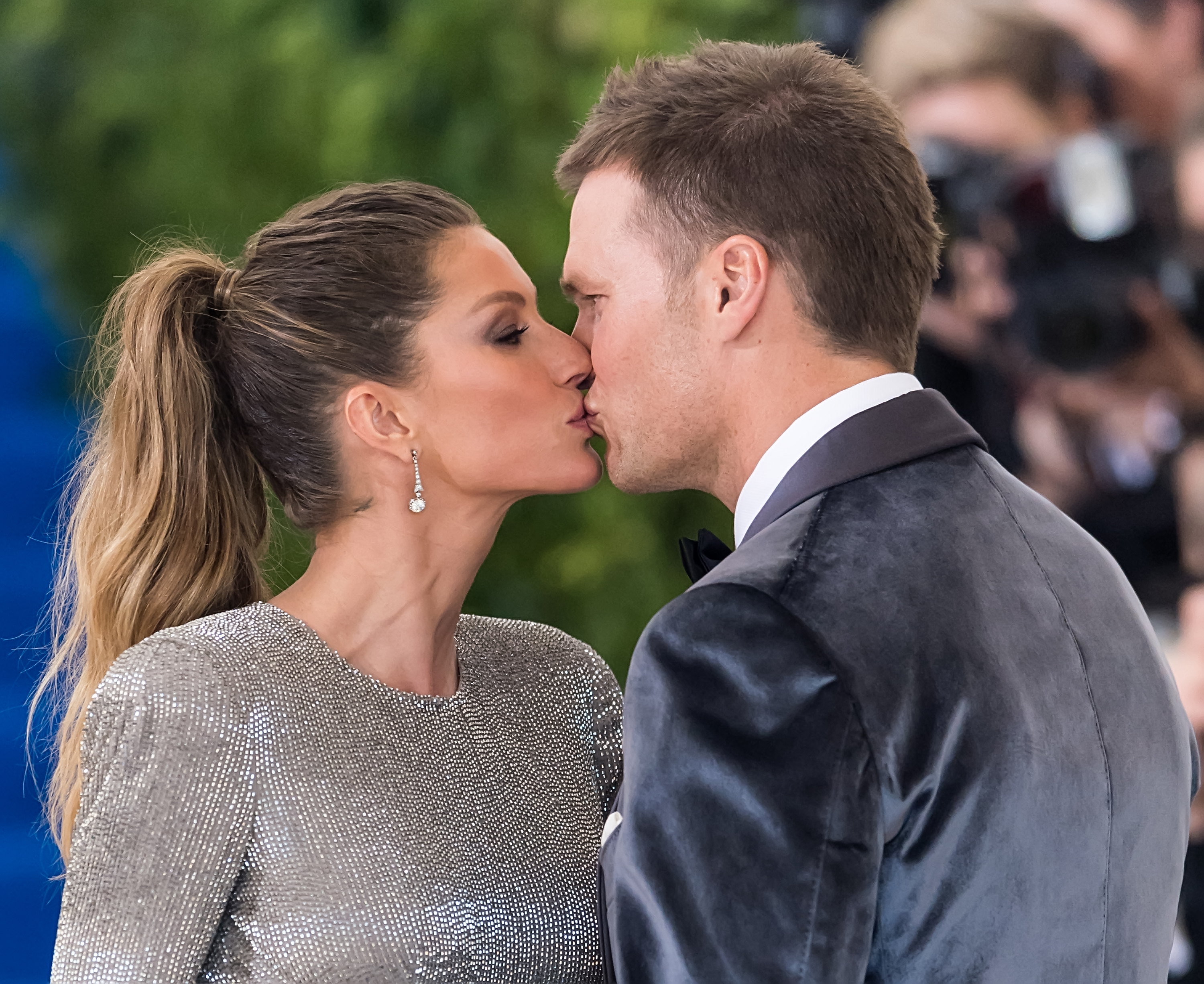 NEW YORK, NY - MAY 01:  Model Gisele Bundchen and Football quarterback Tom Brady are seen at the 'Rei Kawakubo/Comme des Garcons: Art Of The In-Between' Costume Institute Gala at Metropolitan Museum of Art on May 1, 2017 in New York City.  (Photo by Gilbert Carrasquillo/GC Images)
