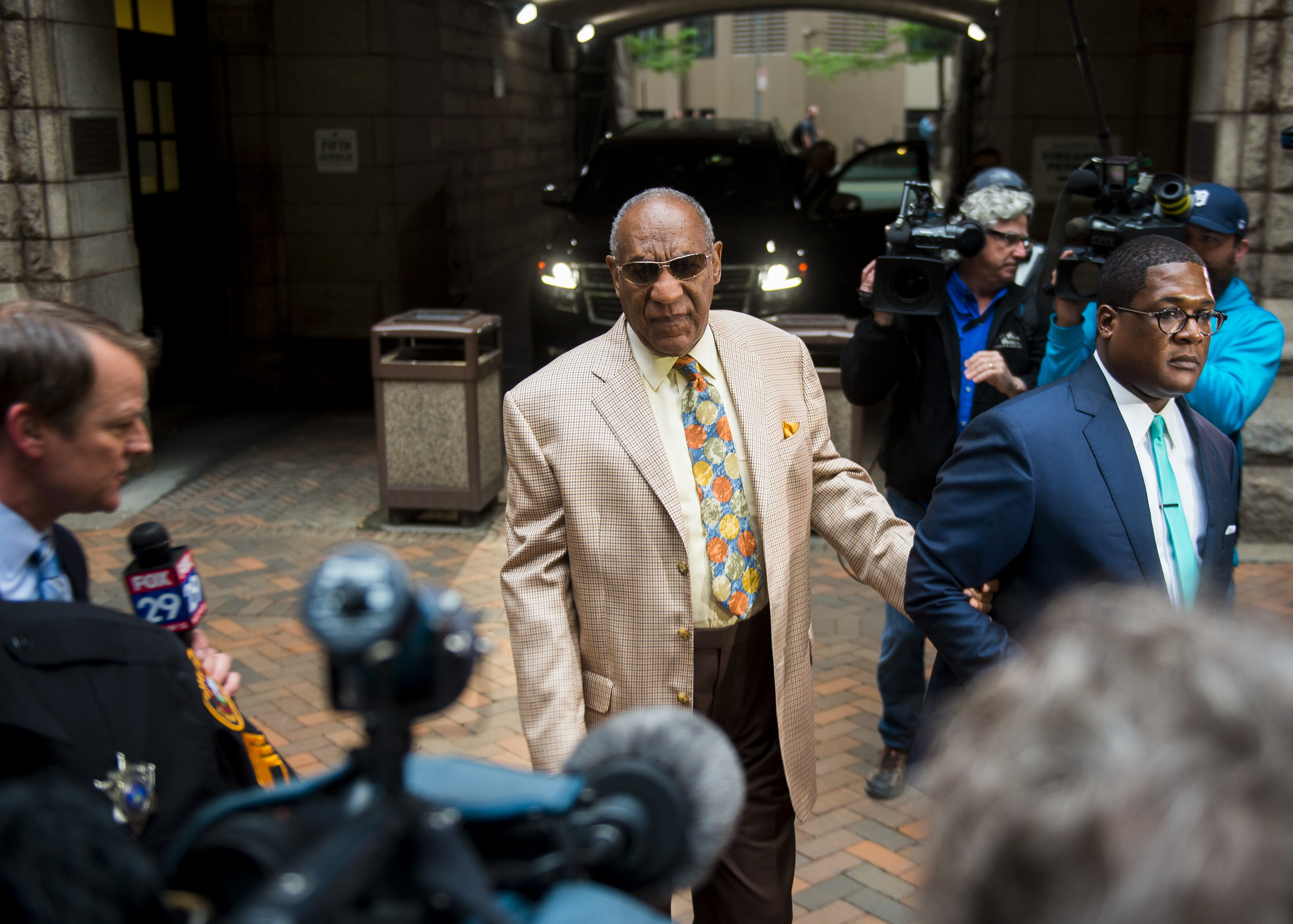 Actor Bill Cosby arrives at the Allegheny County Courthouse for the first day of jury selection in his sexual assault case on May 22, 2017 in Pittsburgh, Pennslyvania. (Nate Smallwood -- Getty Images)