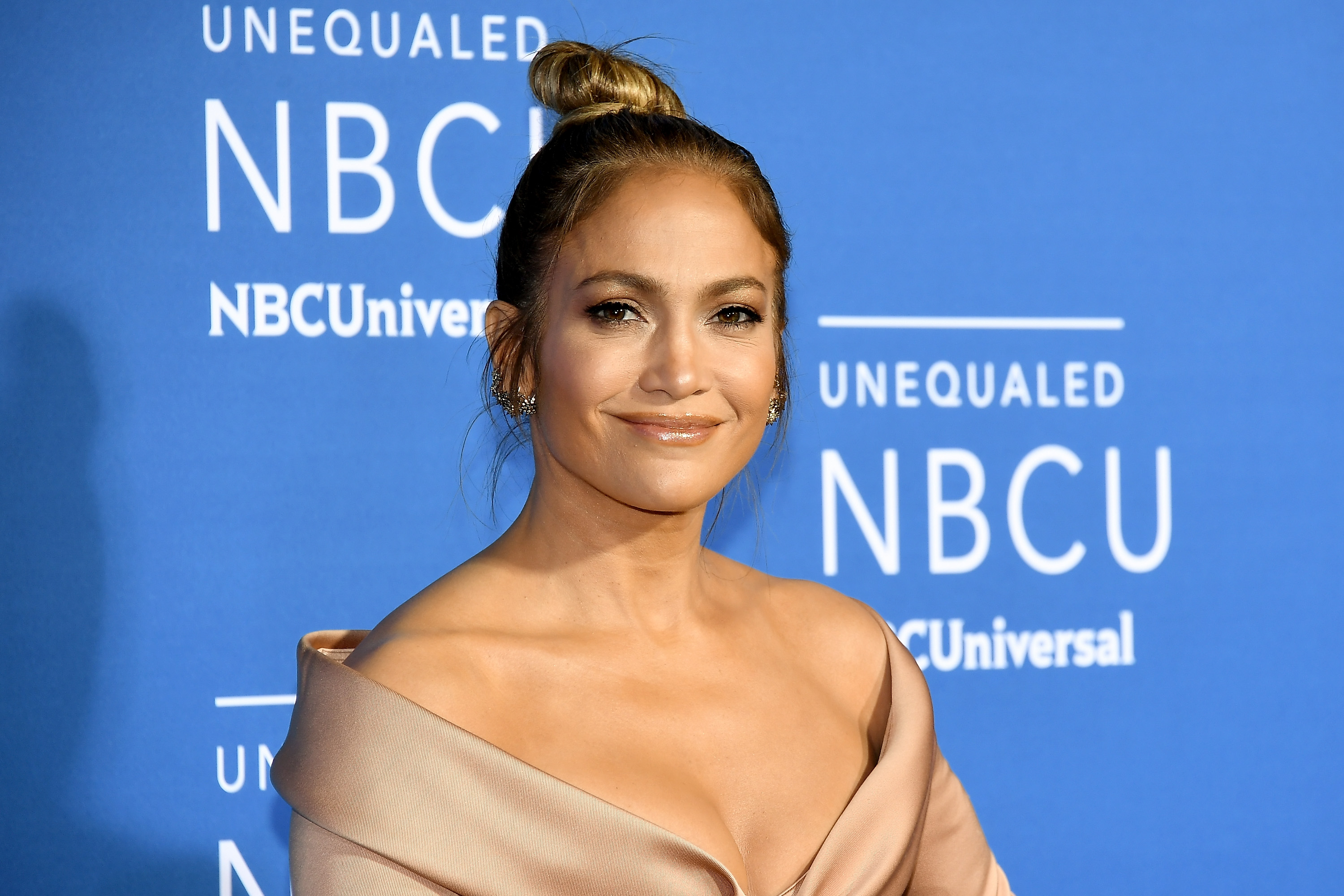 NEW YORK, NY - MAY 15:  Jennifer Lopez attends the 2017 NBCUniversal Upfront at Radio City Music Hall on May 15, 2017 in New York City.  (Photo by Dia Dipasupil/Getty Images)