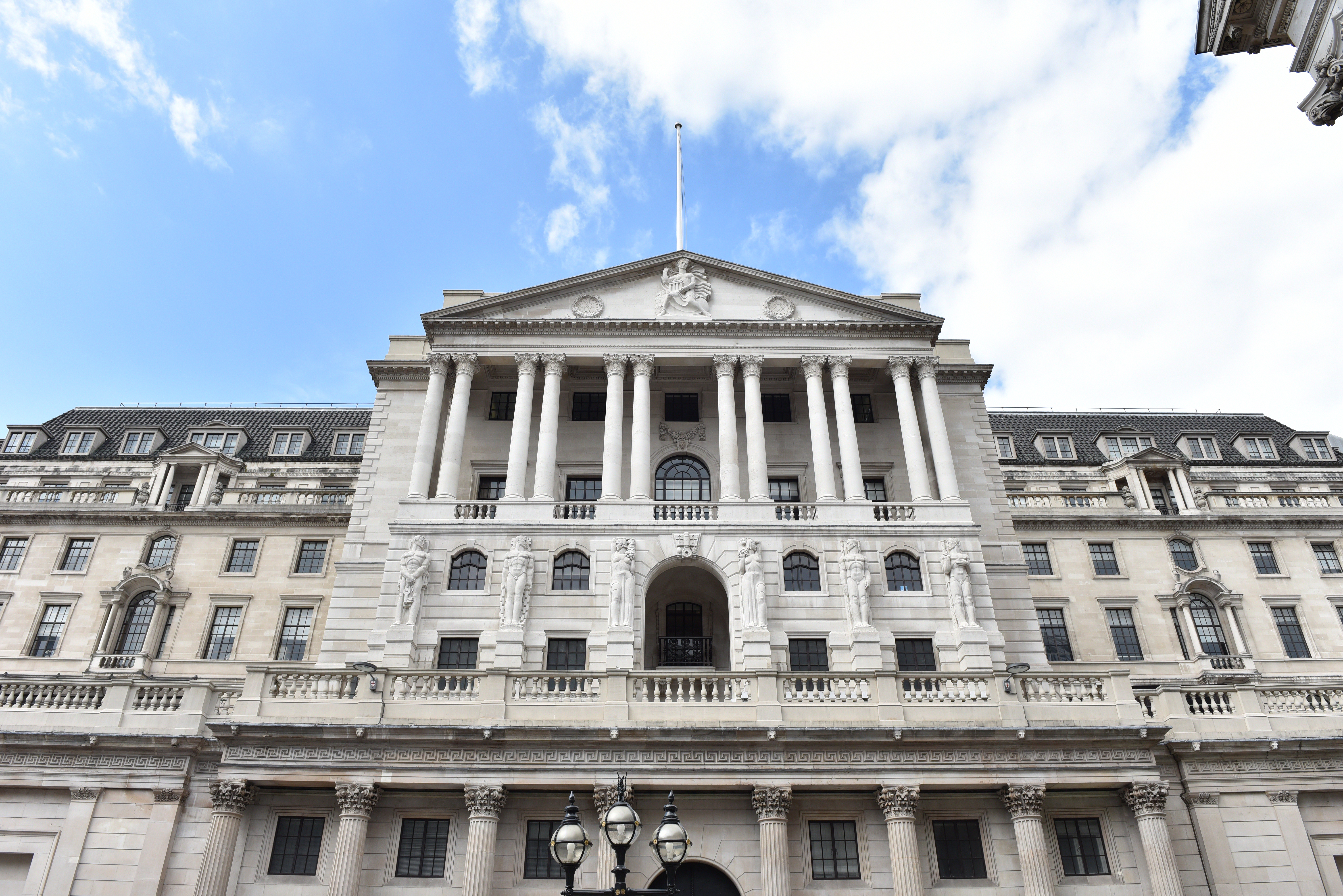 LONDON, UNITED KINGDOM - MAY 13: A general view of the Bank of England on May 13, 2017 in London, England. (Photo by John Keeble/Getty Images)