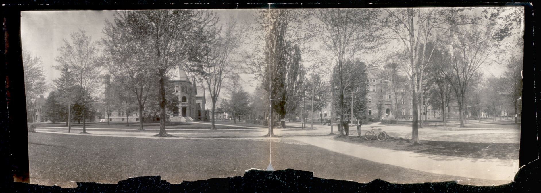 A scene from Oberlin College around the turn of the 20th century.