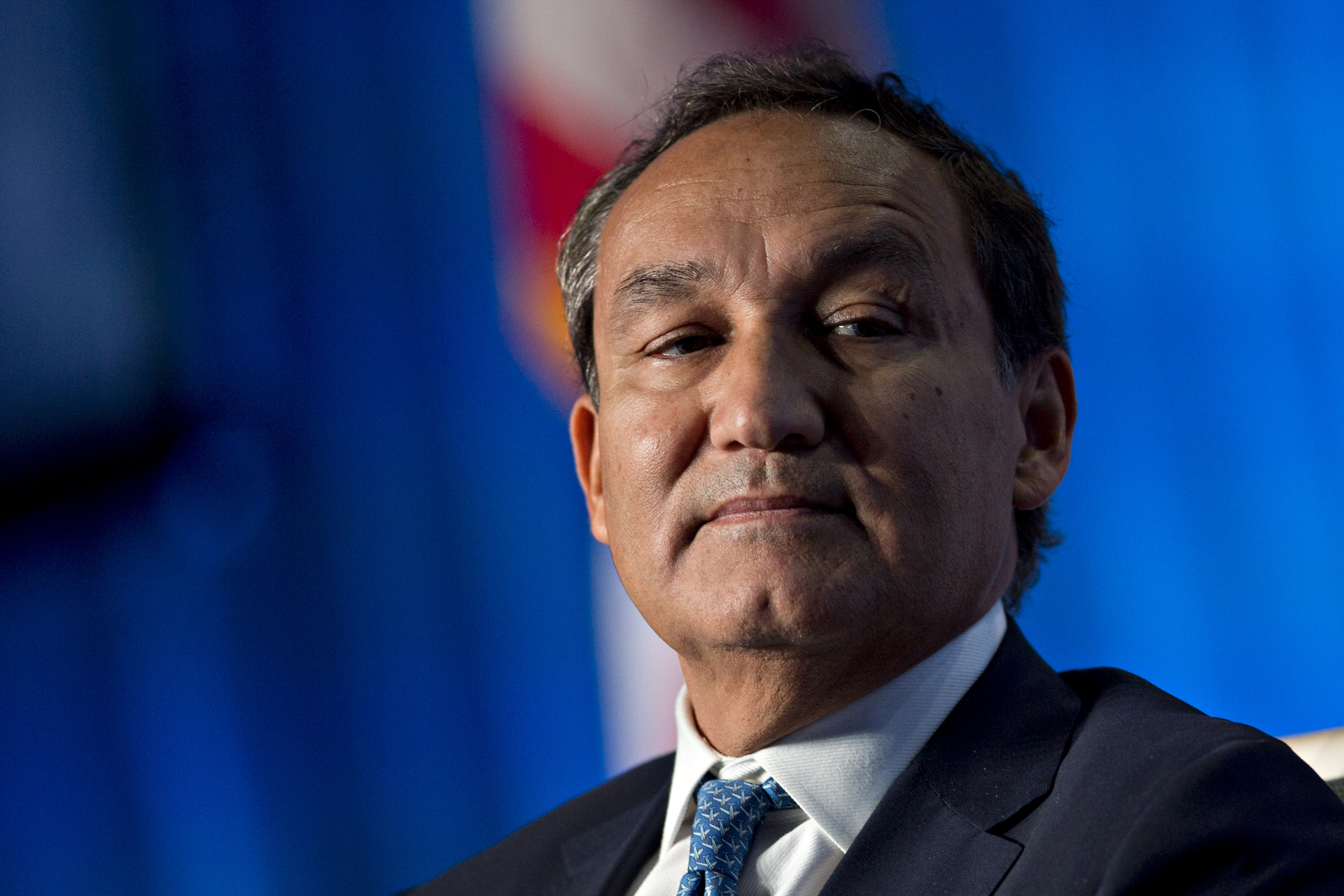 Oscar Munoz, chief executive officer of United Continental Holdings Inc., listens during a discussion at the U.S. Chamber of Commerce aviation summit in Washington, D.C., U.S., on Thursday, March 2, 2017.