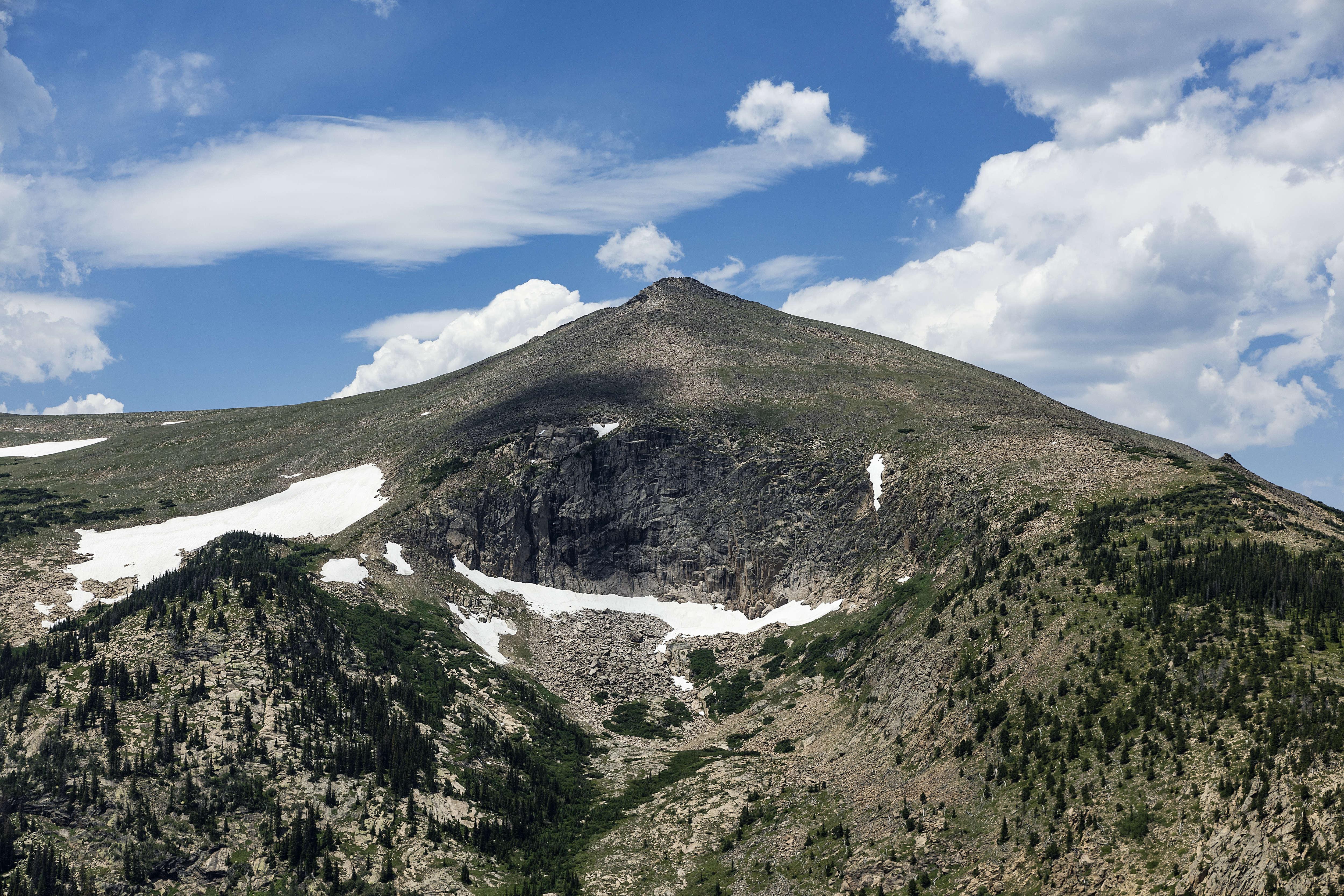 ESTES PARK, COLORADO, UNITED STATES - 2016/07/17: Mountain peak in Rocky Mountain National Park. (Photo by John Greim/LightRocket via Getty Images)
