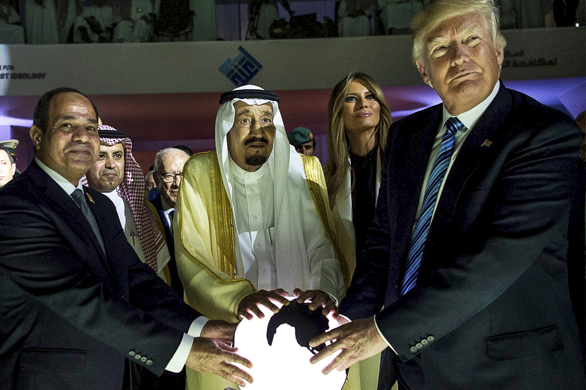 From left: Egyptian president Abdel Fattah al-Sissi, Saudi King Salman bin Abdulaziz Al Saud, Melania Trump, and Donald Trump, visit a center to fight extremism in Riyadh, Saudi Arabia, on May 21, 2017.