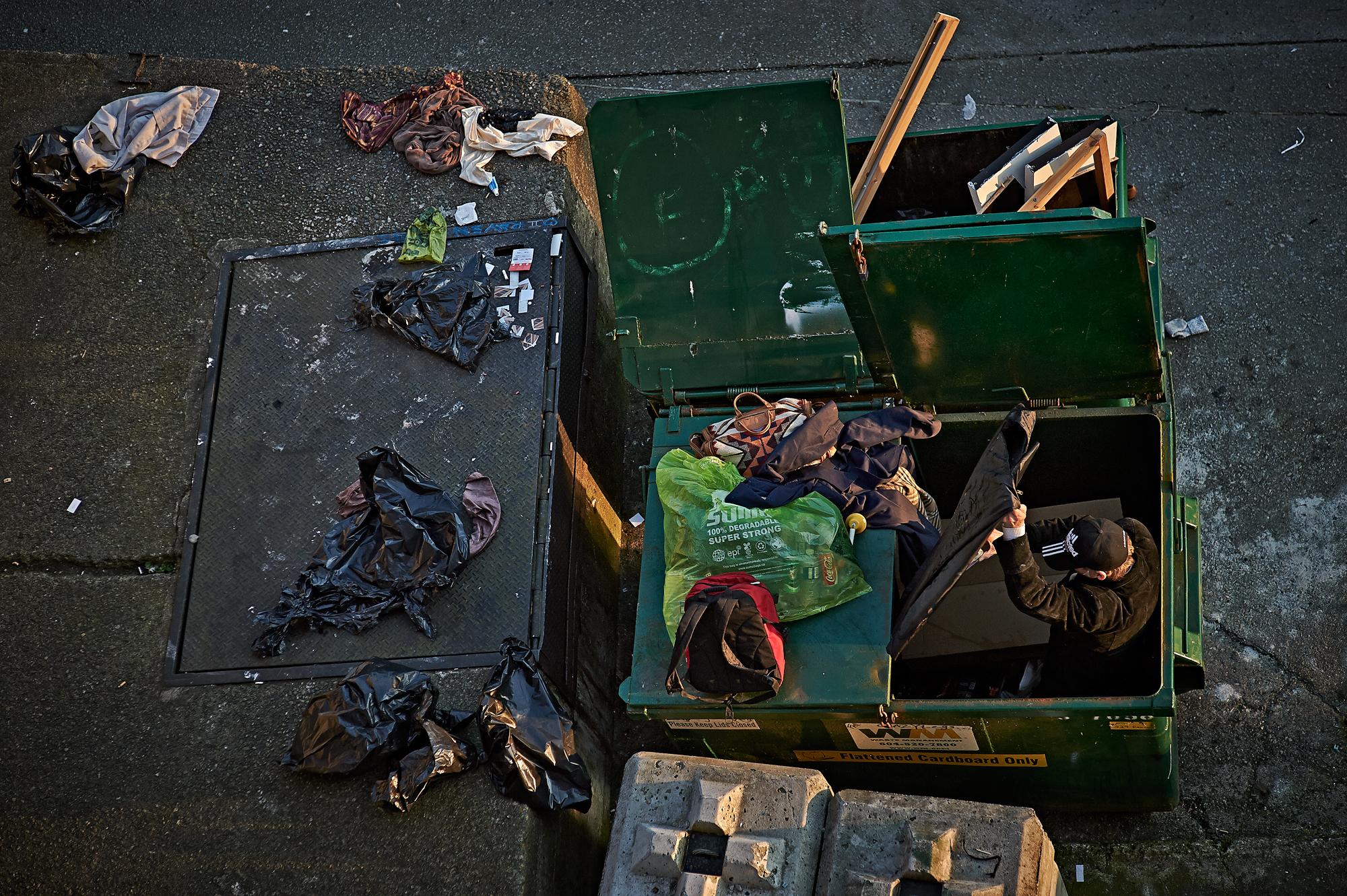Dumpster sex