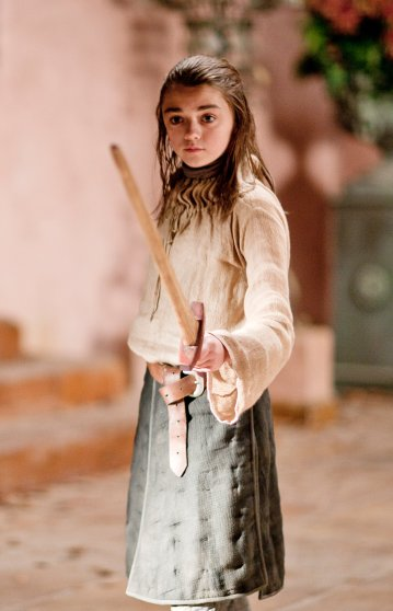 arya-stark-maisie-williams-costume-2
