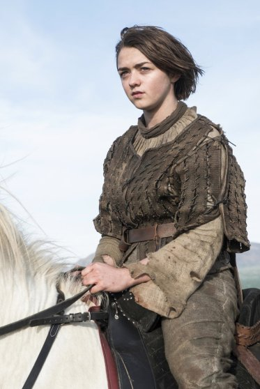 arya-stark-maisie-williams-costume-6