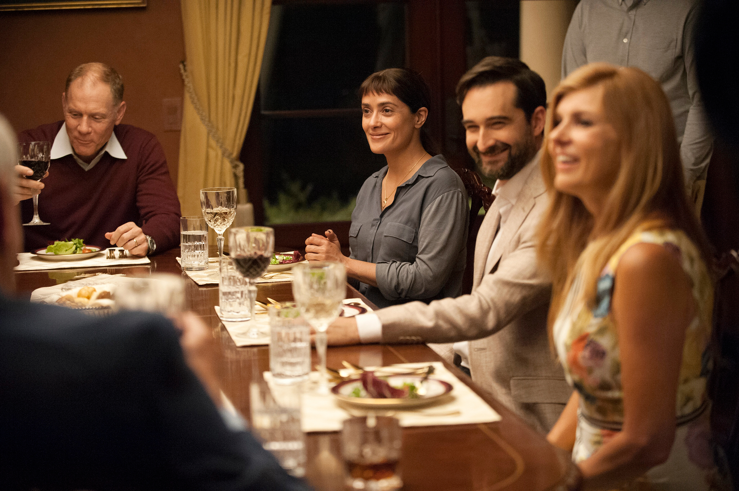 Hayek's Beatriz is a saintly dinner guest trapped with a bunch of rich bozos