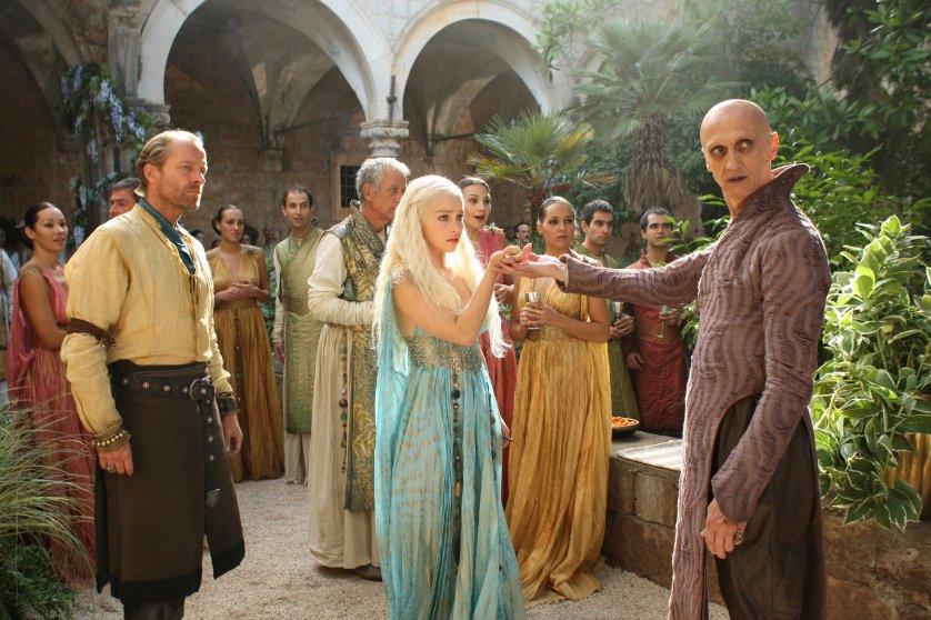 daenerys-tagaryen-emilia-clarke-costume-6