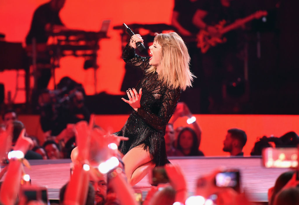 Musician Taylor Swift performs onstage during the 2017 DIRECTV NOW Super Saturday Night Concert at Club Nomadic on February 4, 2017 in Houston, Texas.