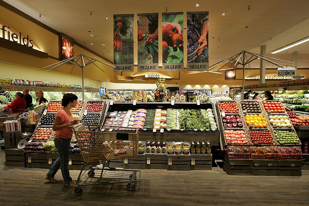 LIVERMORE, CA - JULY 18:  A Safeway customer browses in the fruit and vegetable section at Safeway's new  Lifestyle  store July 18, 2007 in Livermore, California. Safeway unveiled its newest Lifestyle store that features numerous organic and natural foods as well as expanded produce, meat, seafood and floral departments. The store also offers freshly made desserts and baked goods, a coffee roaster, a fresh nut bar and wine section with over 2,000 wines, some of which are stored in a climate controlled wine cellar.  (Photo by Justin Sullivan/Getty Images)