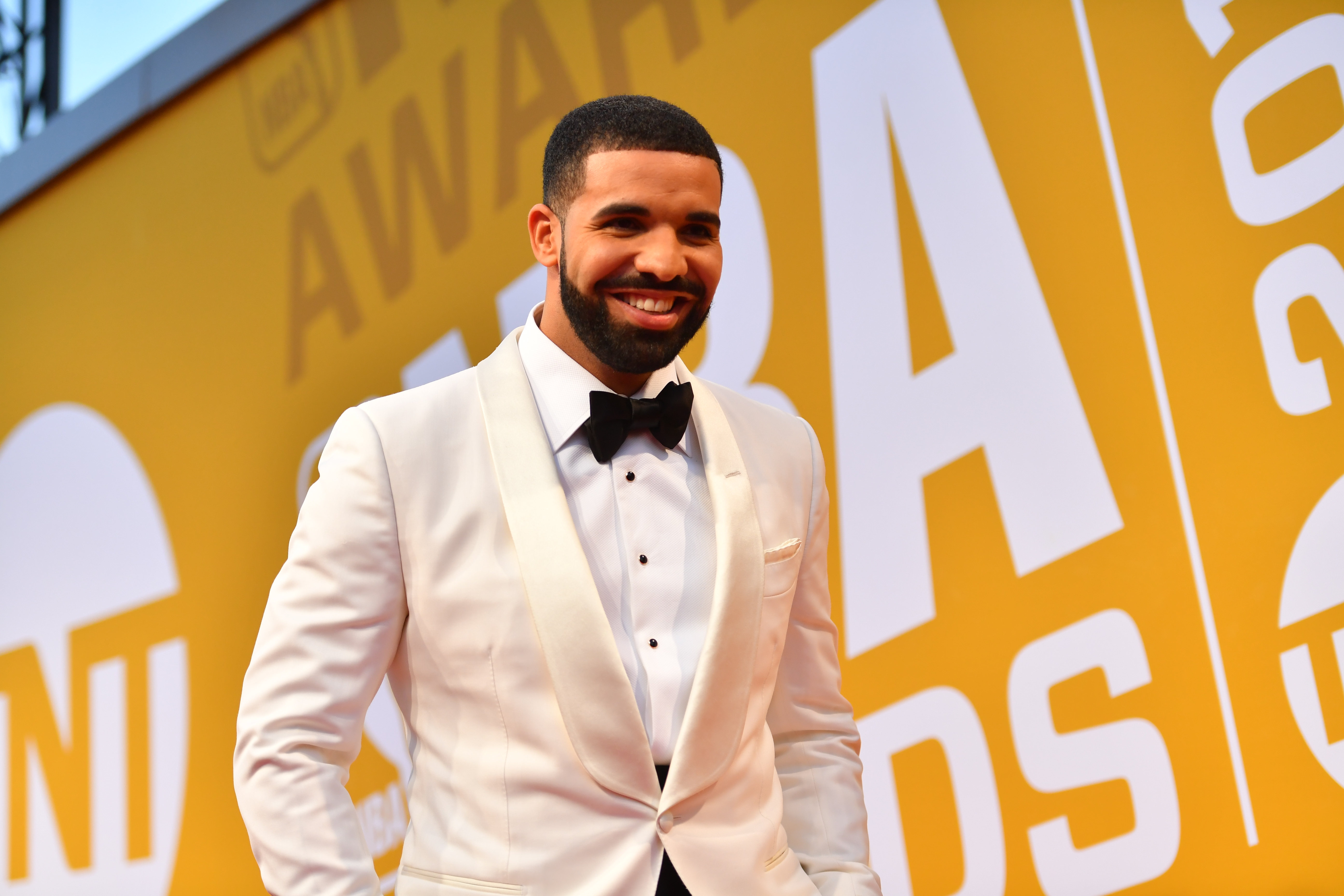 Drake poses on the red carpet during the 2017 NBA Awards Show in New York on June 26, 2017.