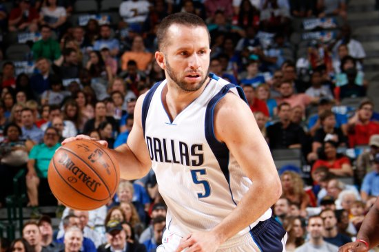 DALLAS, TX - MARCH 23: J.J. Barea #5 of the Dallas Mavericks handles the ball against the Los Angeles Clippers on March 23, 2017 at the American Airlines Center in Dallas, Texas. NOTE TO USER: User expressly acknowledges and agrees that, by downloading and or using this photograph, User is consenting to the terms and conditions of the Getty Images License Agreement. Mandatory Copyright Notice: Copyright 2017 NBAE (Photo by Glenn James/NBAE via Getty Images)