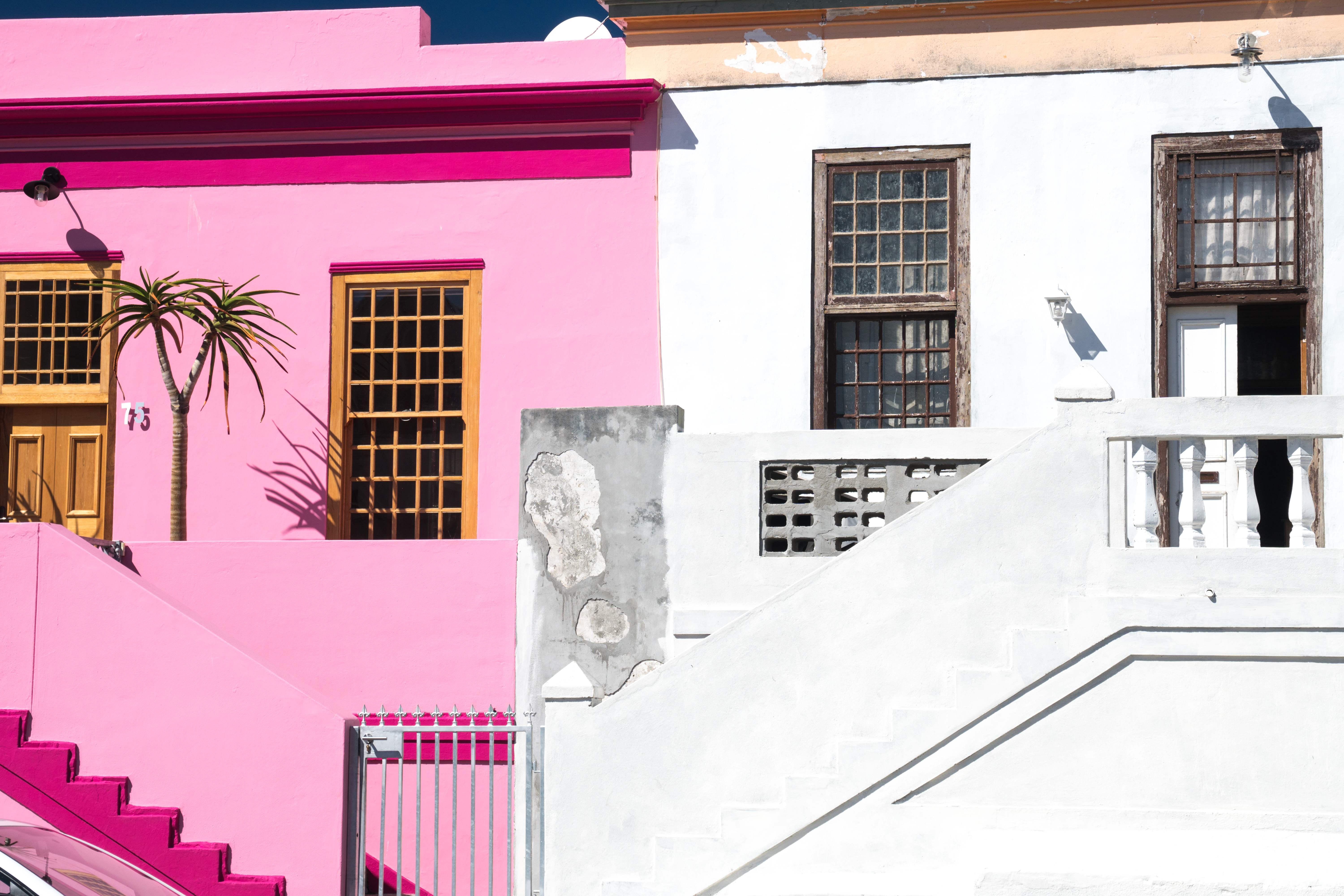 Brightly coloured houses, Waal Street in Bo-Kaap area (Malaysian/Muslim), Cape Town, South Africa