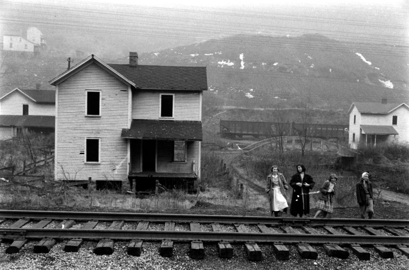Poverty in mining towns in Kentucky and West Virgina in 1959.