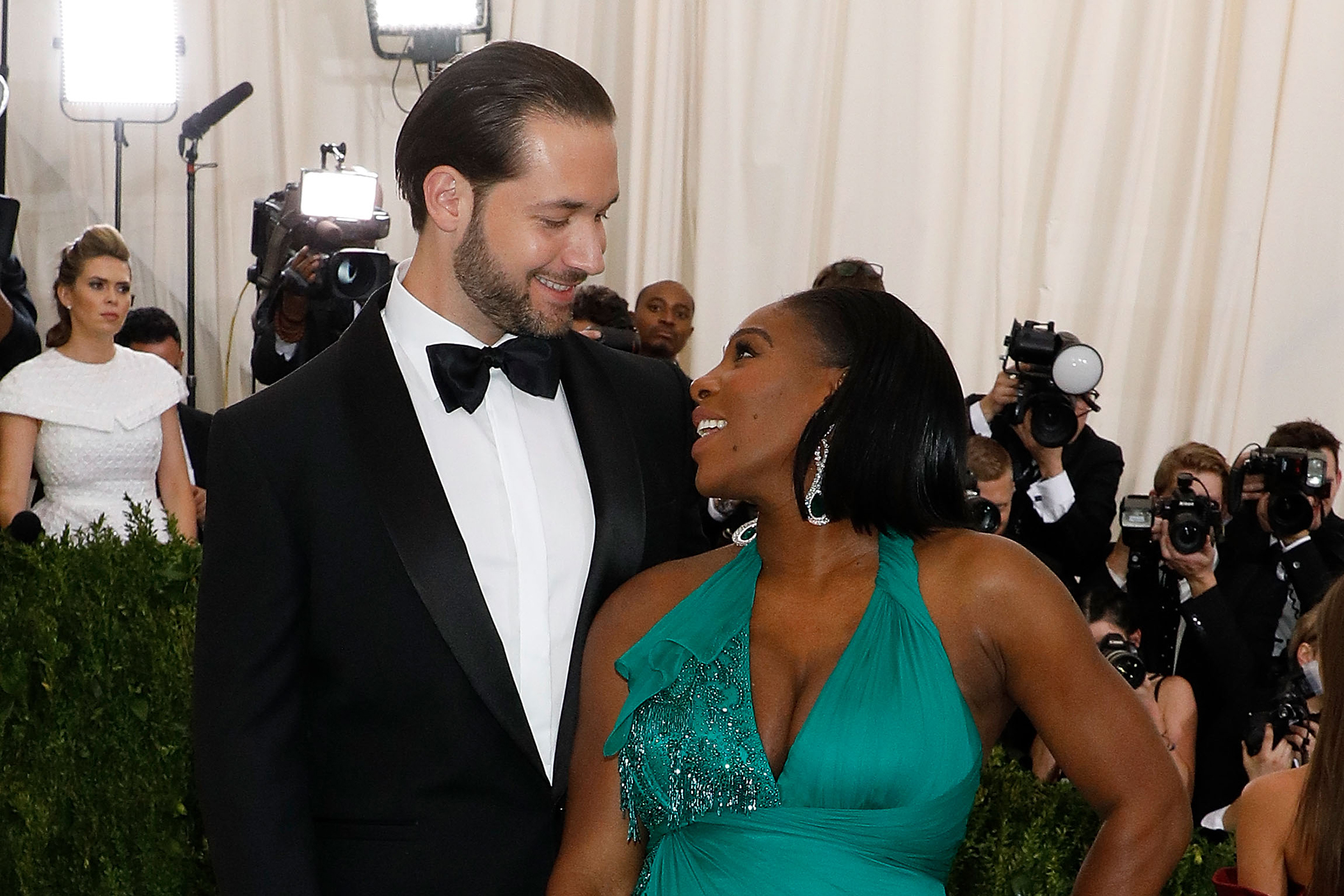 Alexis Ohanian and Serena Williams attend  Rei Kawakubo/Commes Des Garcons: Art of the In-Between  at Metropolitan Museum of Art on May 1, 2017 in New York City.