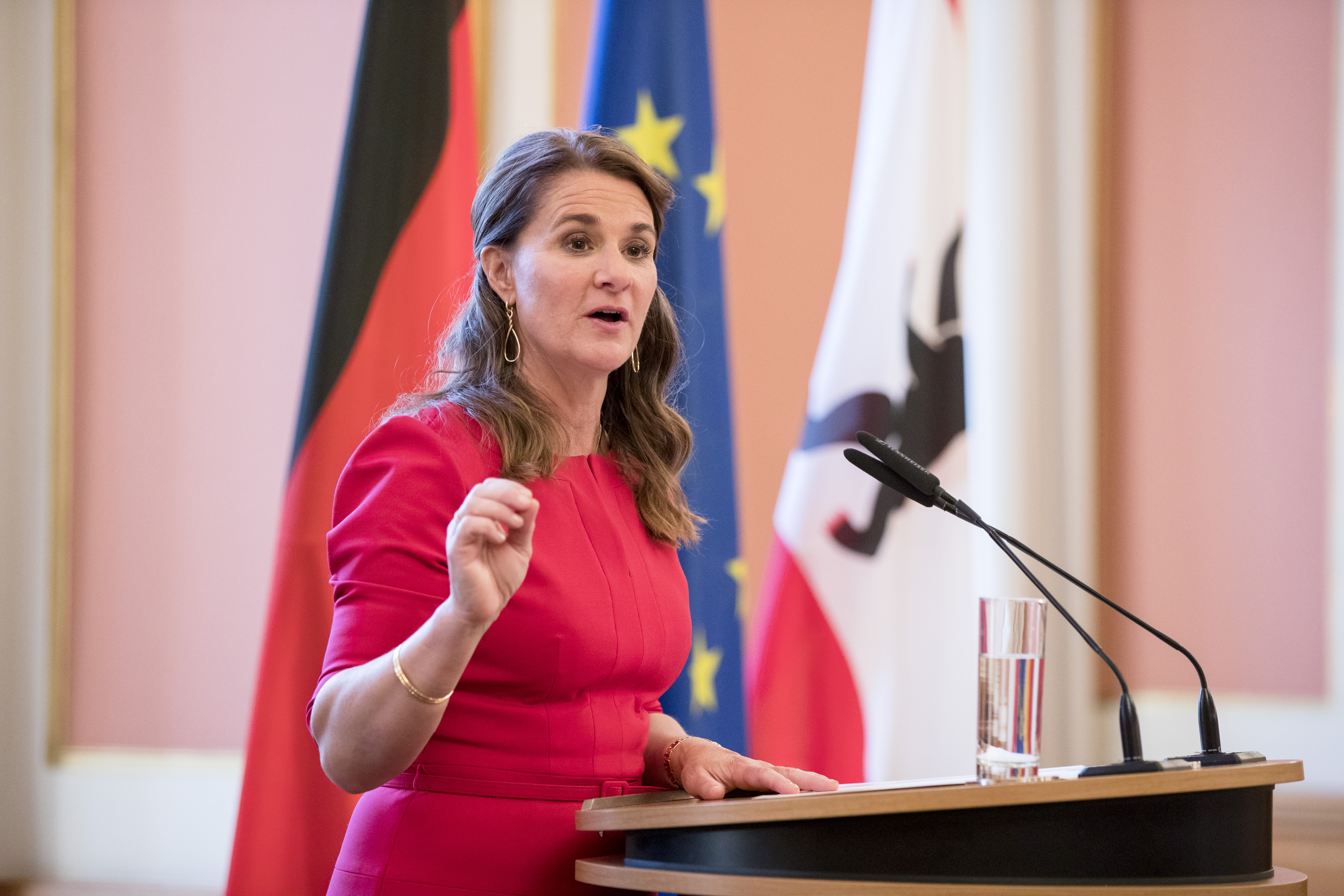 Melinda Gates speaks after being awarded with the Otto-Hahn Peace Medal at the town hall in Berlin, Germany on May 25, 2017