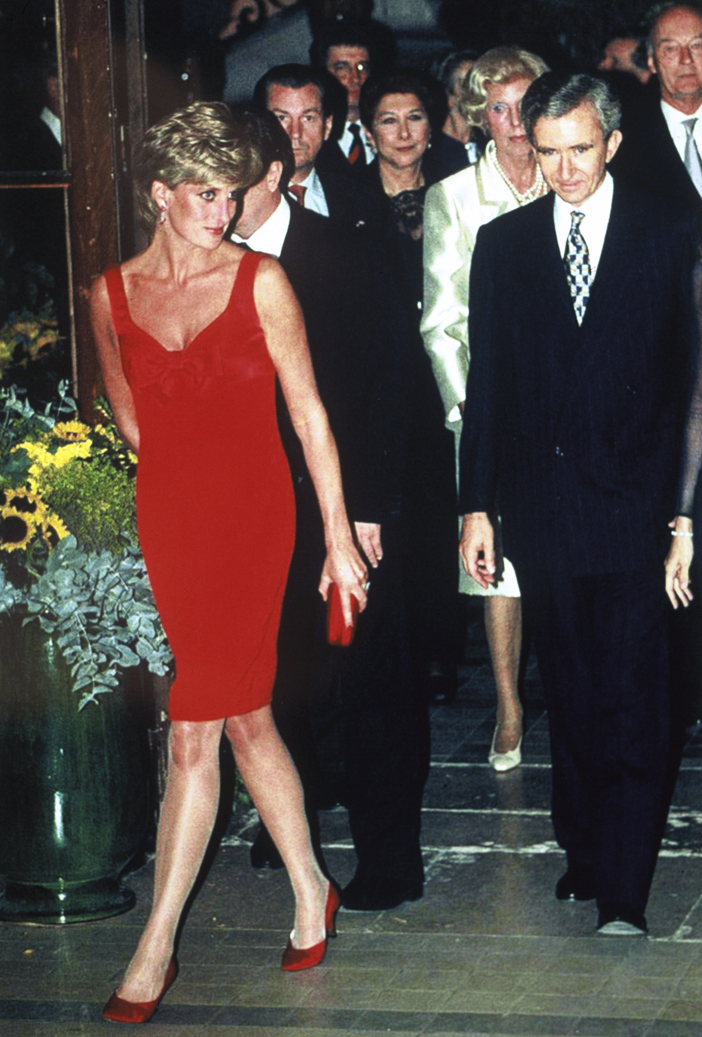 For a dinner in her honor  in 1995 in Paris, Diana selected a dress by Christian Lacroix.