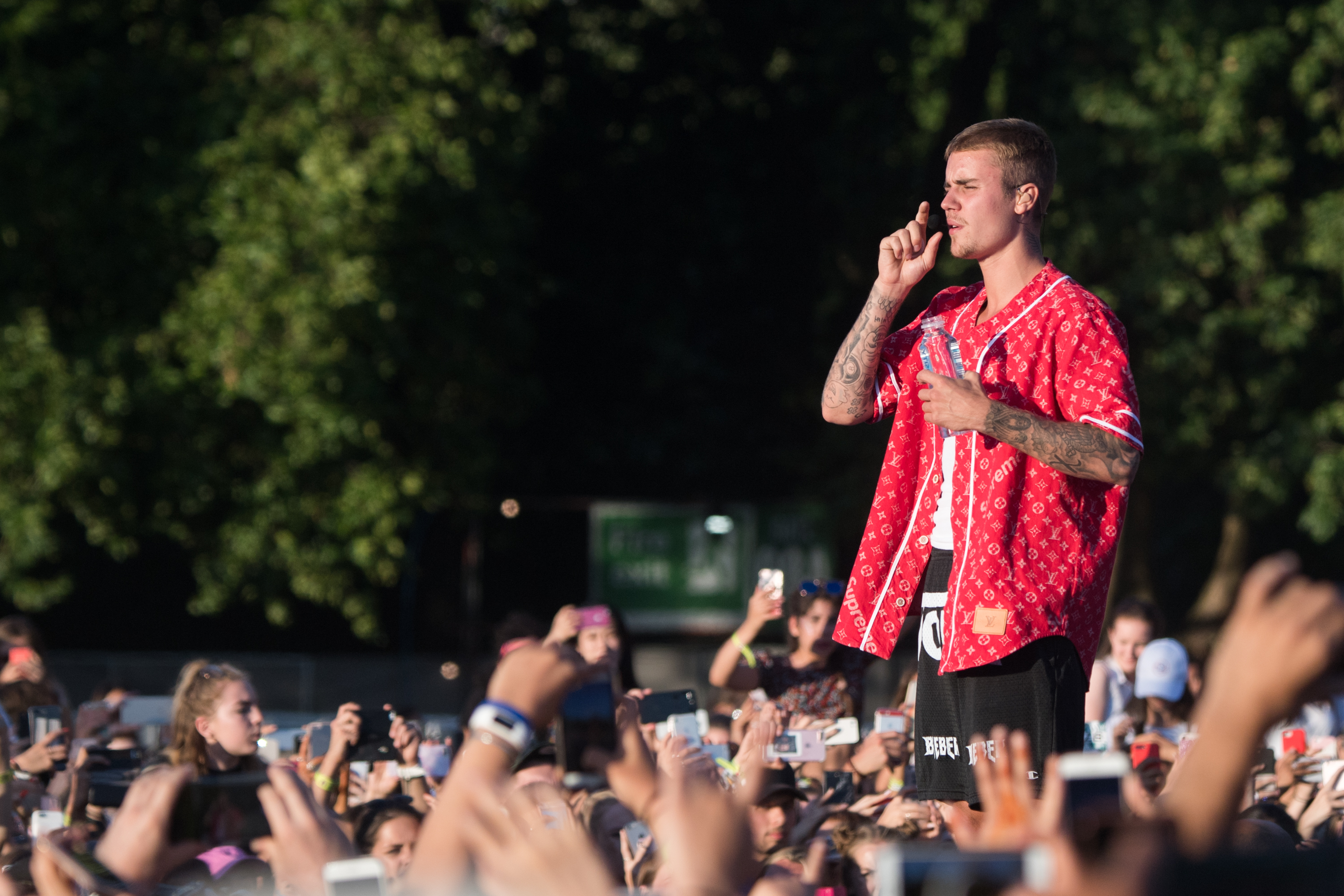 LONDON, ENGLAND - JULY 02:  Justin Bieber performs at Hyde Park on July 2, 2017 in London, England.