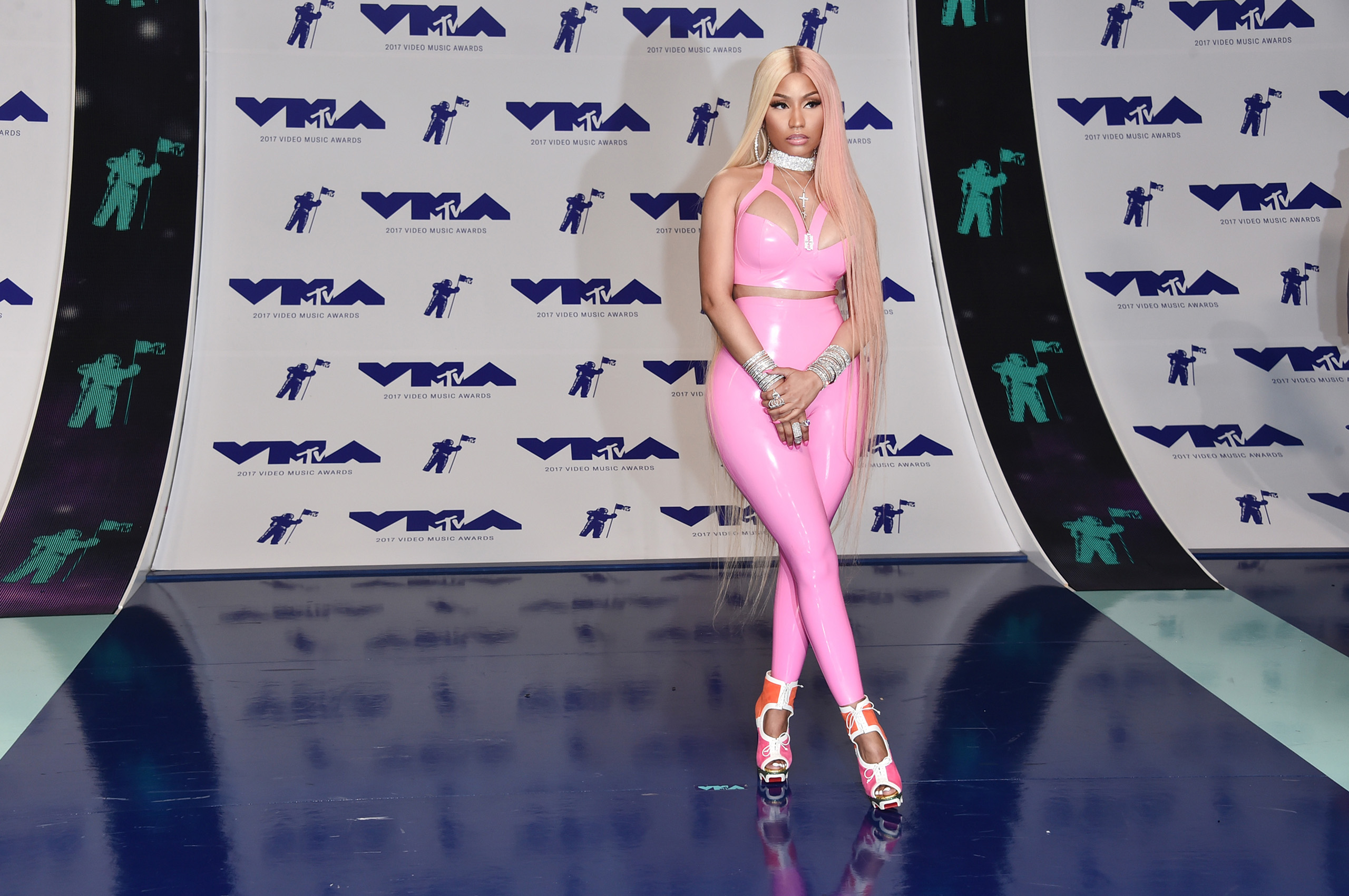 Nicki Minaj attends the 2017 MTV Video Music Awards at The Forum on August 27, 2017 in Inglewood, California.