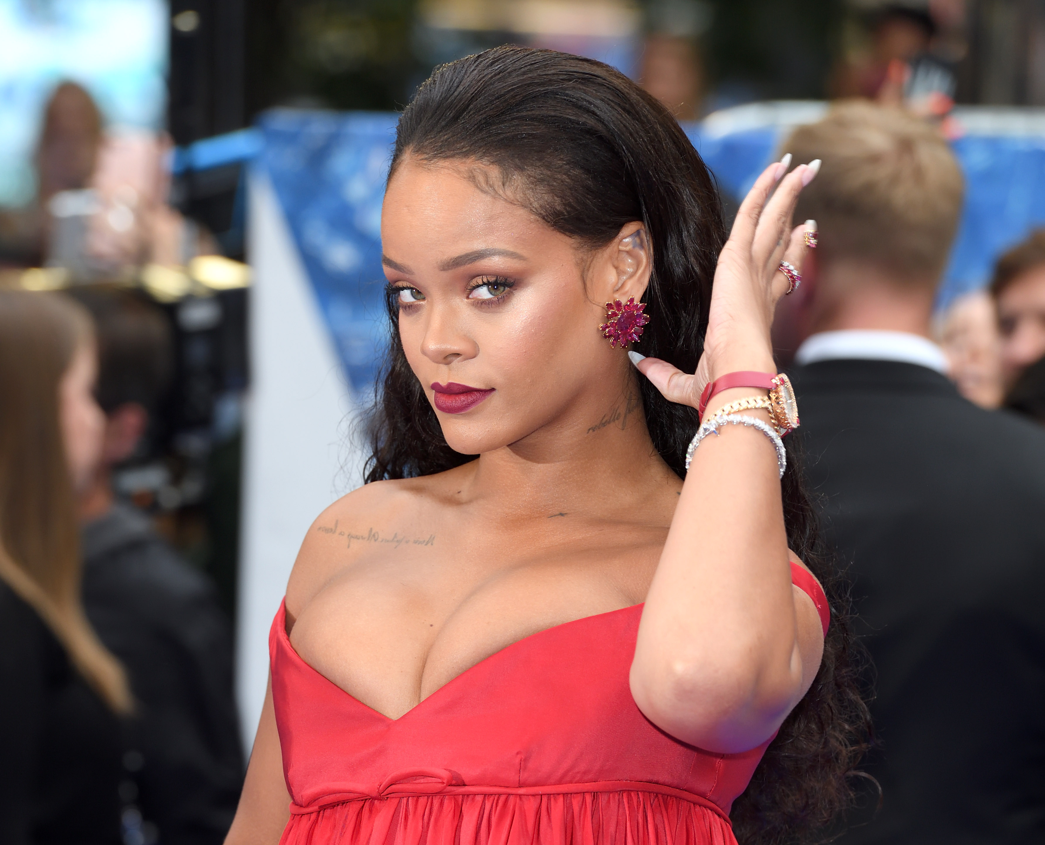 LONDON, ENGLAND - JULY 24:  Rihanna attends the  Valerian And The City Of A Thousand Planets  European Premiere at Cineworld Leicester Square on July 24, 2017 in London, England.  (Photo by Karwai Tang/WireImage)