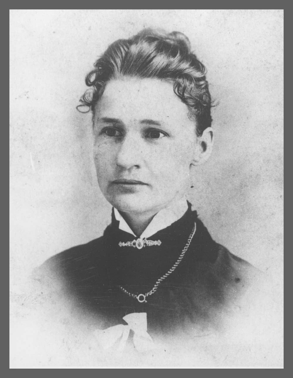 Susanna Salter, who was elected mayor of Argonia, Kansas in 1887, and is thought to be the first woman elected mayor in the U.S.