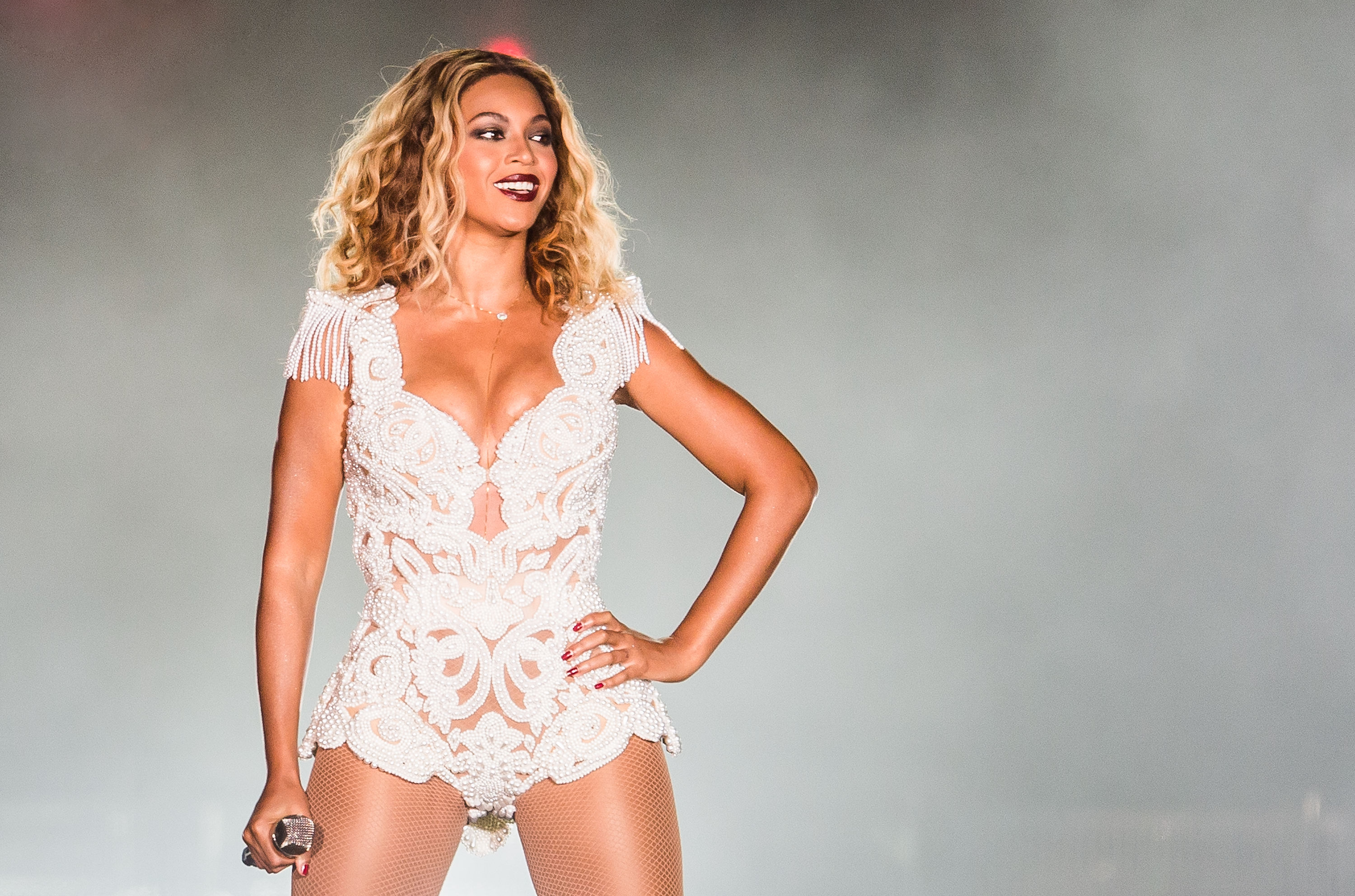 RIO DE JANEIRO, BRAZIL - SEPTEMBER 13, 2013: Singer Beyonce performs on stage during a concert in the Rock in Rio Festival