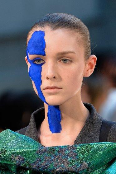 Maison Margiela : Runway - Paris Fashion Week - Haute Couture Fall/Winter 2015/2016
