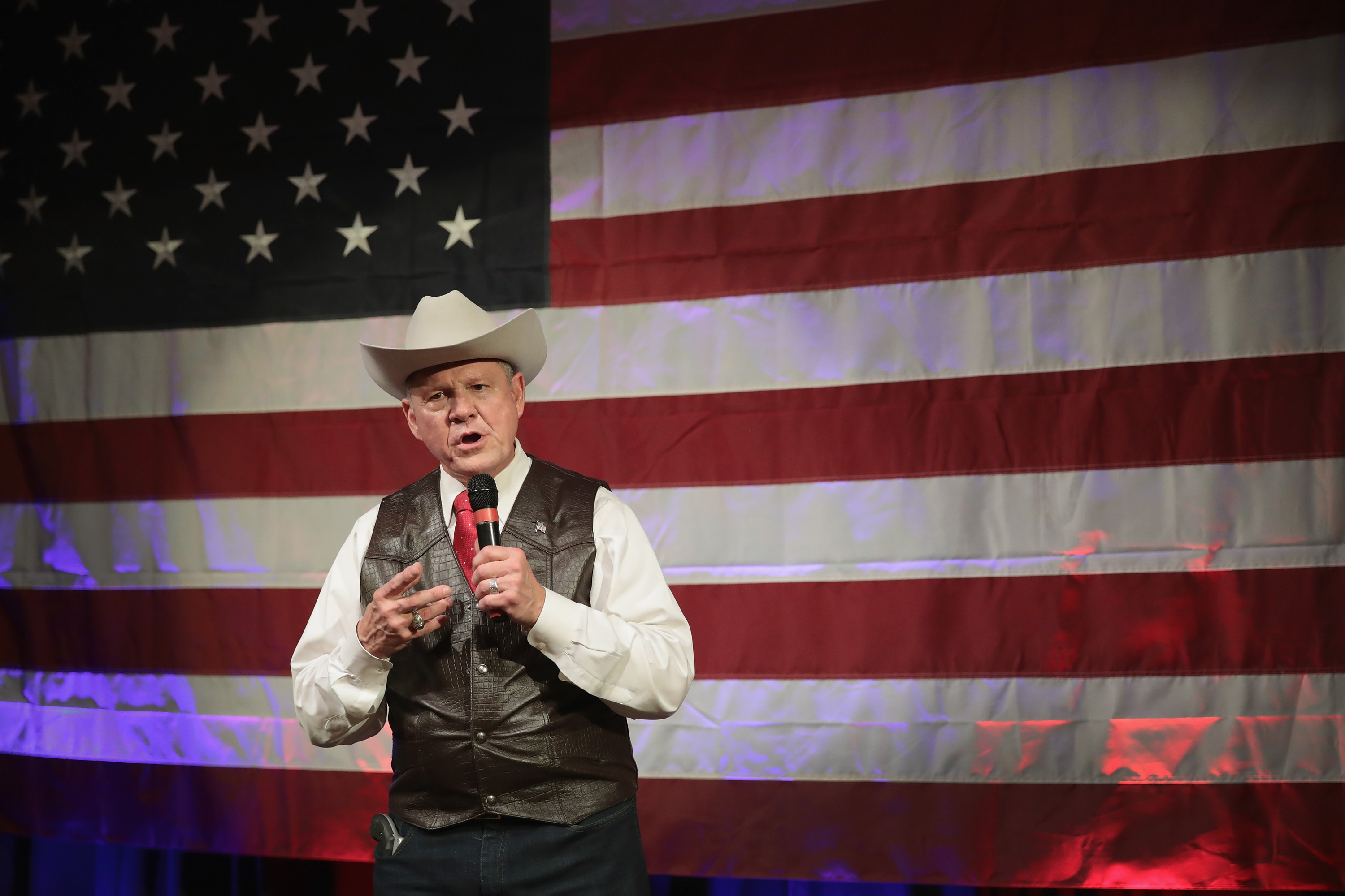 Roy Moore speaks at a campaign rally on September 25, 2017 in Fairhope, Ala.