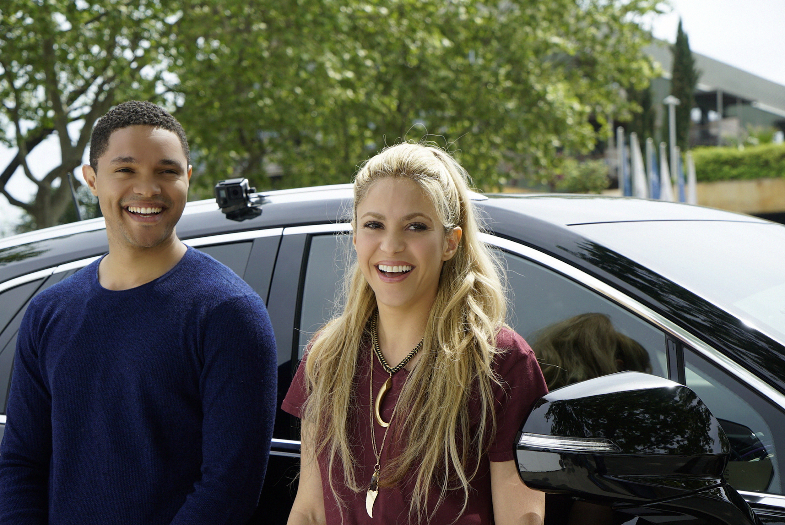 Shakira and Trevor Noah during Apple Carpool Karaoke. Photo: Rico Torres/CBS © 2017 CBS Television Studios. All Rights Reserved.
