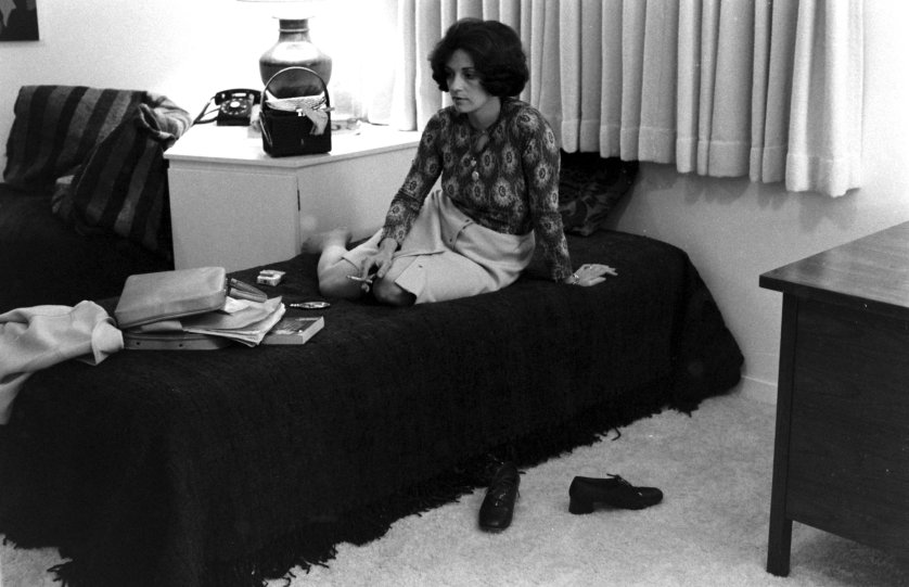 POW wife Valerie Kushner from a LIFE photo essay by Leonard McCombe in 1972.