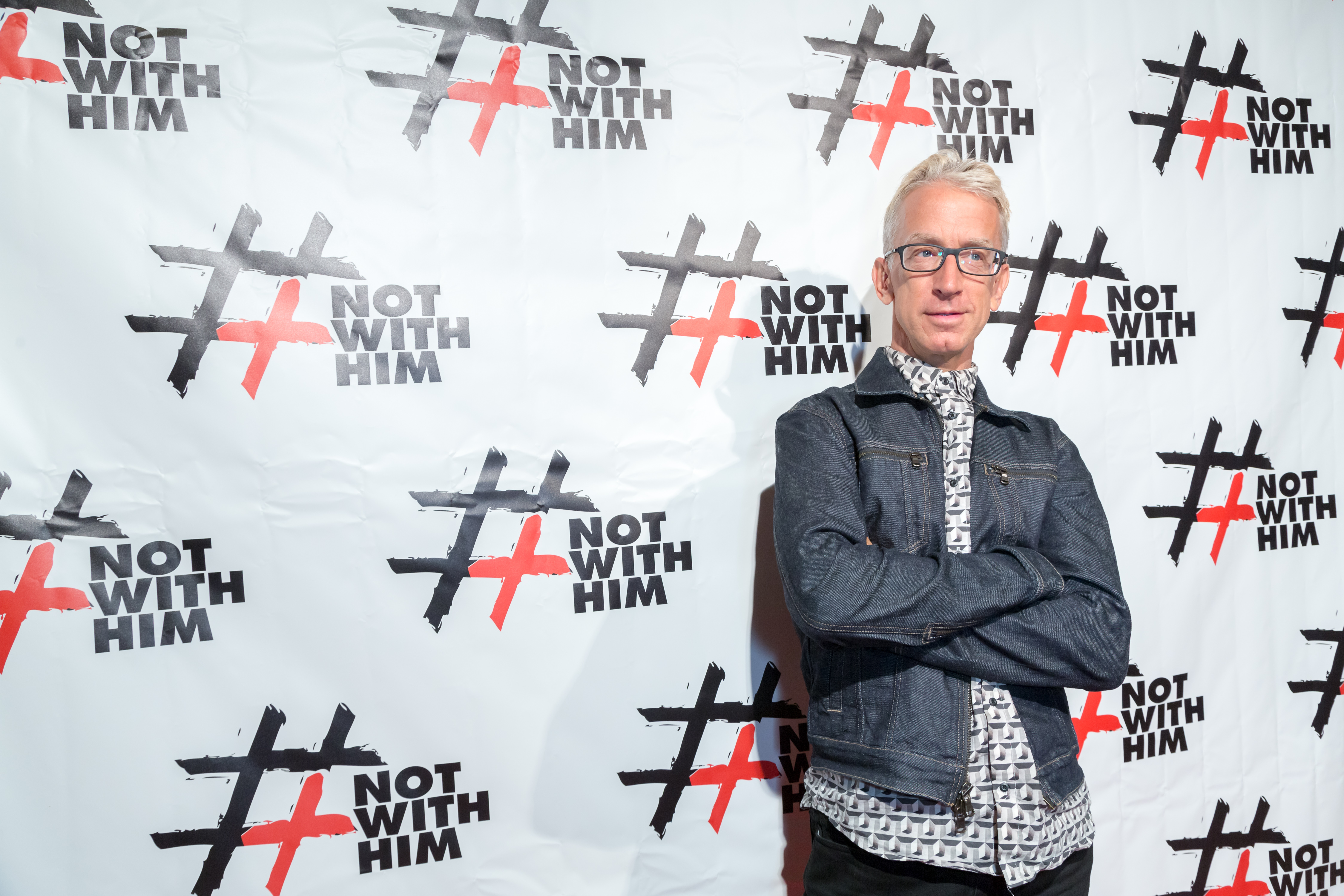 LOS ANGELES, CA - AUGUST 19: Comedian Andy Dick arrives at the #NotWithHim Event on August 19, 2016 in Los Angeles, California. (Photo by Greg Doherty/Getty Images)