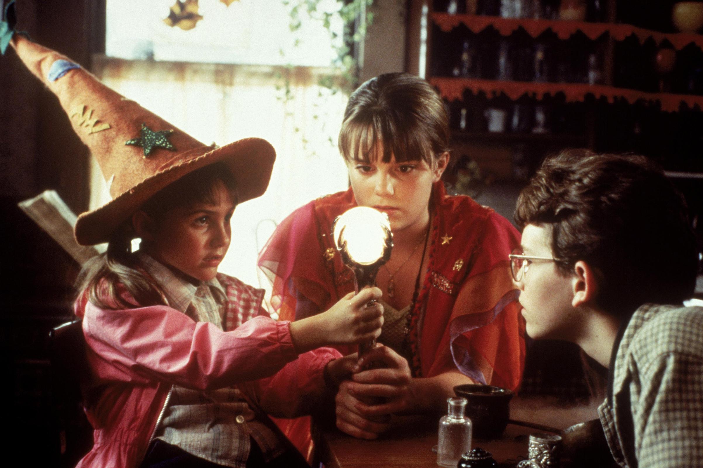 Emily Roeske, Kimberly J Brown, Joey Zimmerman in 'Halloweentown', 1998.