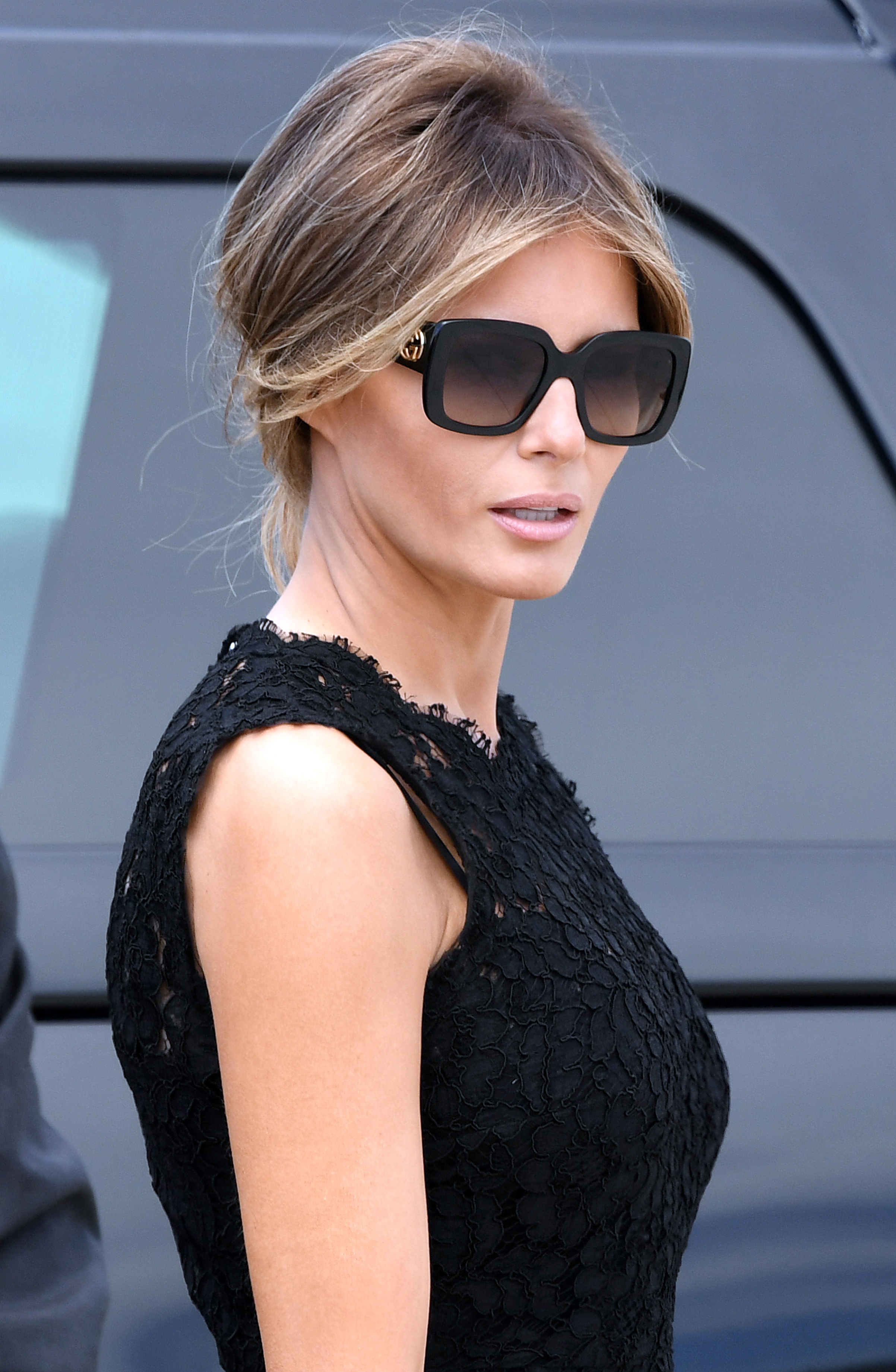 First lady Melania Trump wearing oversized square sunglasses is seen before boarding Air Force One at Leonardo da Vinci-Fiumicino Airport in Rome, Italy, May 24, 2017.