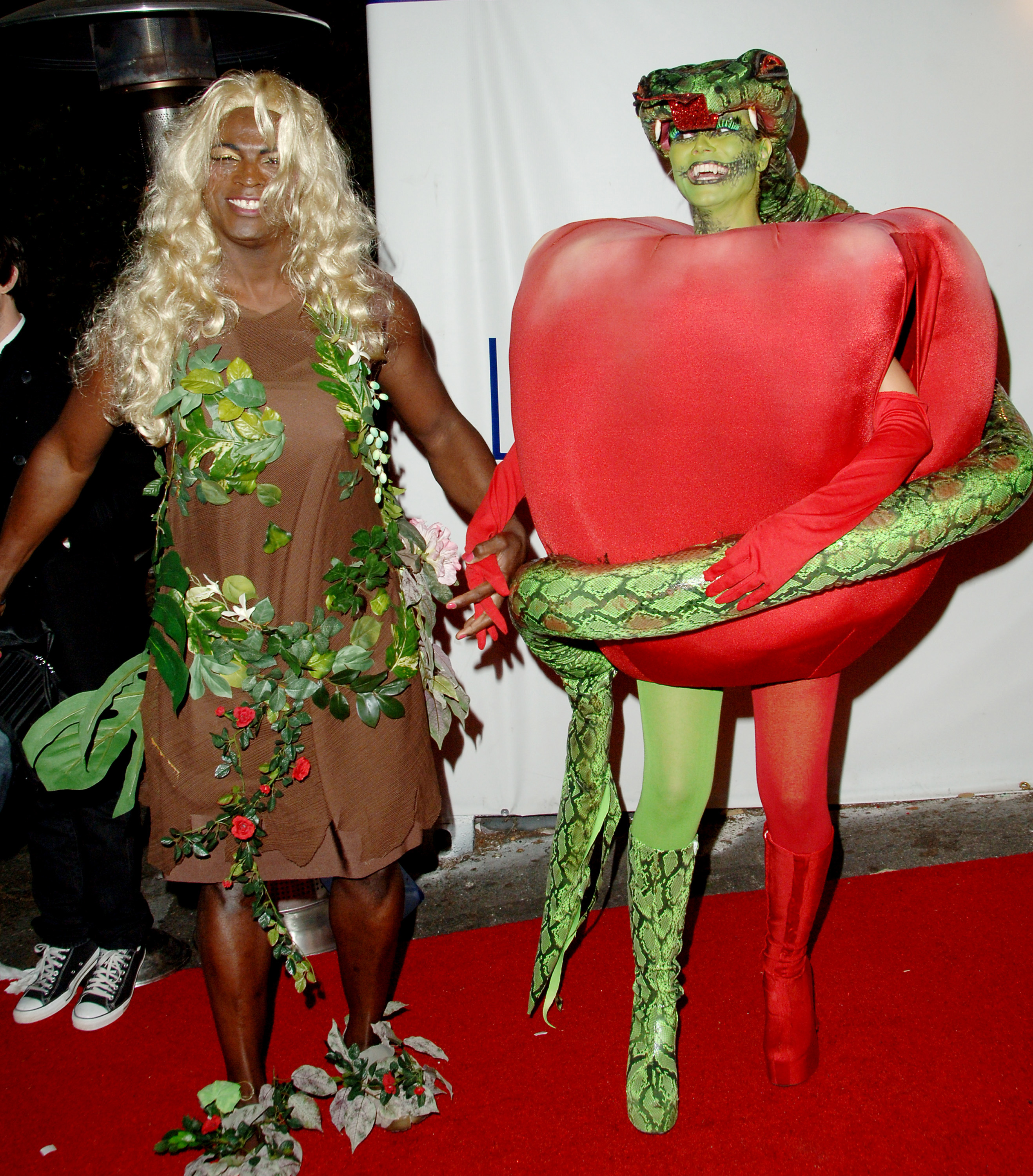 Best 'Relationship Goals' Costume: While they were still married in 2006, Seal and Klum came as Eve (Seal) and the serpent with the fruit from the tree of knowledge — gender-bending and allegorical!