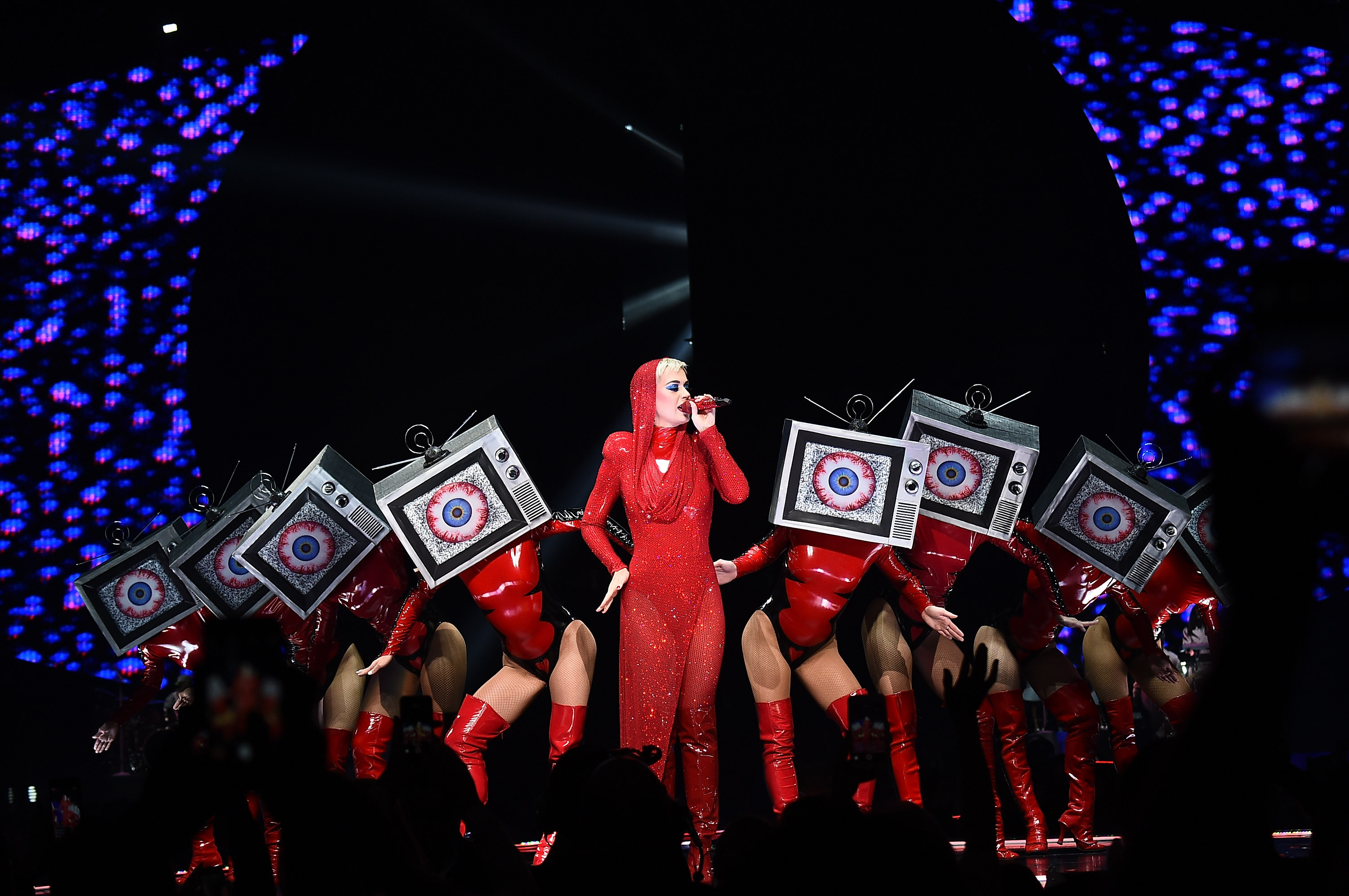 NEW YORK, NY - OCTOBER 02:  Katy Perry performs onstage at Madison Square Garden on October 2, 2017 in New York City.  (Photo by Michael Loccisano/Getty Images)