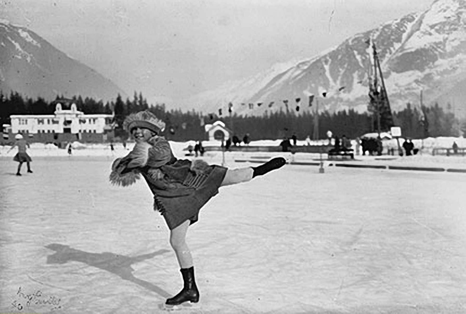 Athlete and figure skater Sonja Henie of Norway at the first Winter Olympics in Chamonix. (Photo by ullstein bild/ullstein bild via Getty Images)