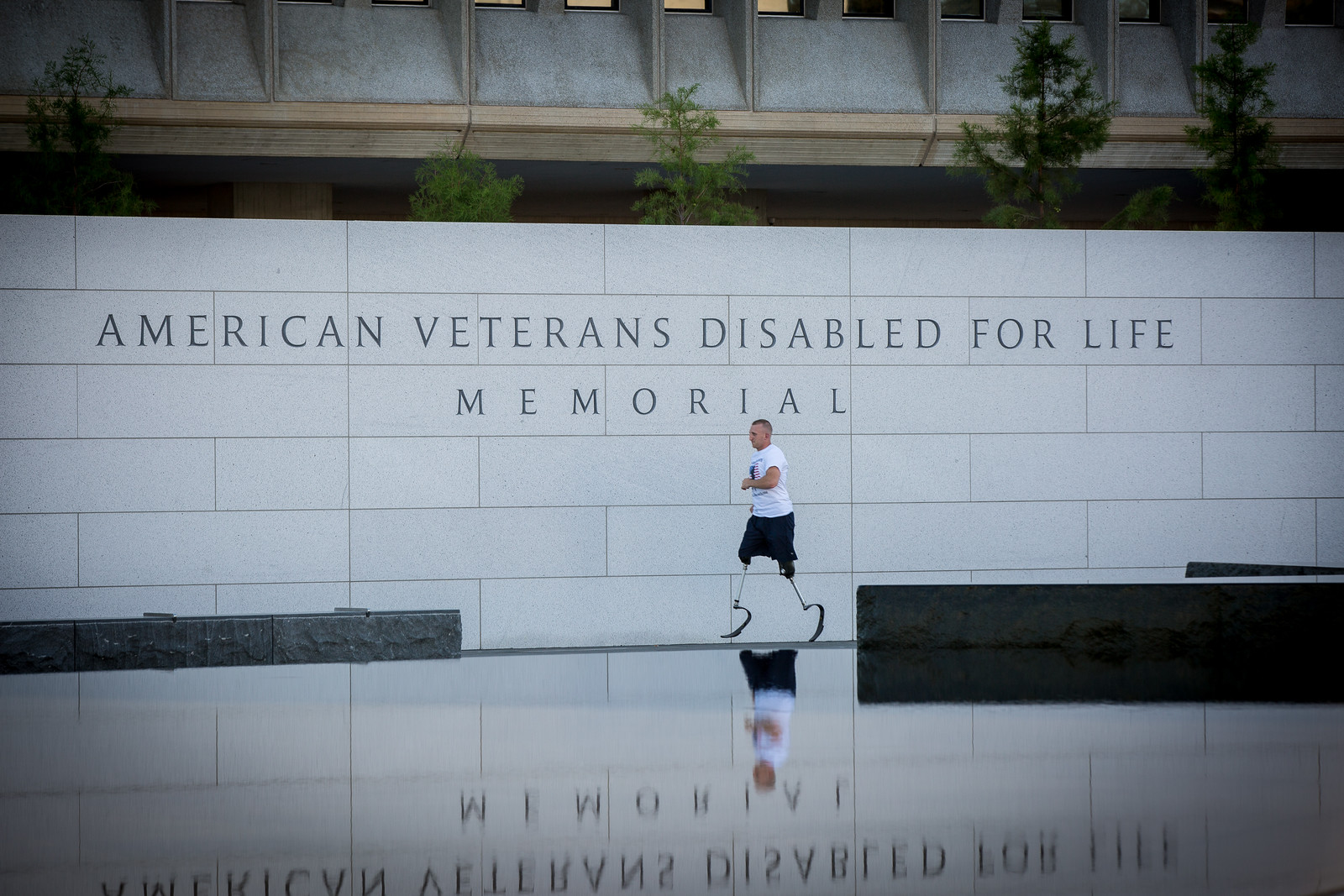 Rob Jones trains for his 31 marathons in 31 days at the American Veterans Disabled for Life Memorial, Washington DC.