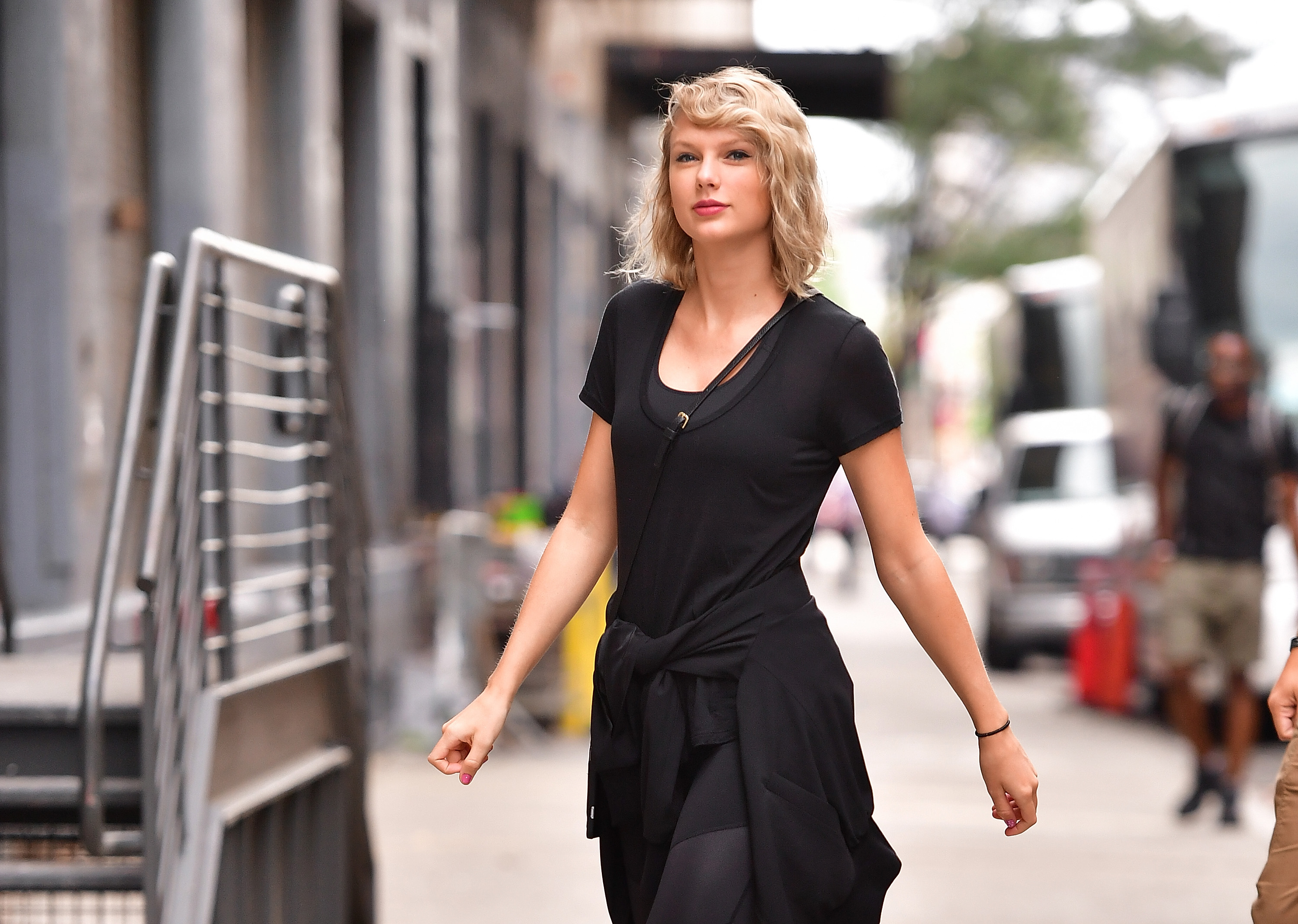NEW YORK, NY - SEPTEMBER 07:  Taylor Swift seen on the streets of Manhattan on September 7, 2016 in New York City.  (Photo by James Devaney/GC Images)