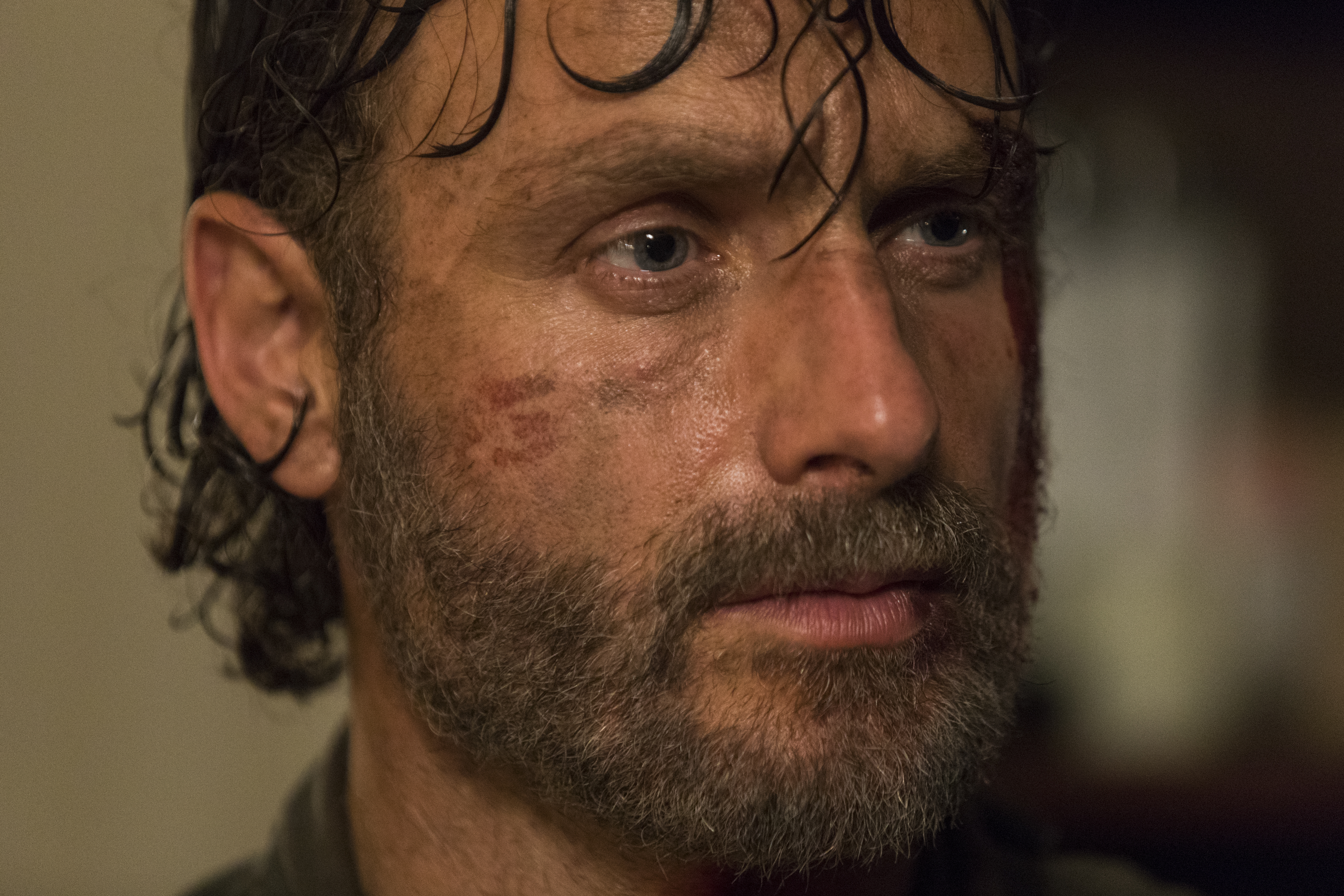 Andrew Lincoln as Rick Grimes in The Walking Dead Season 8, Episode 2